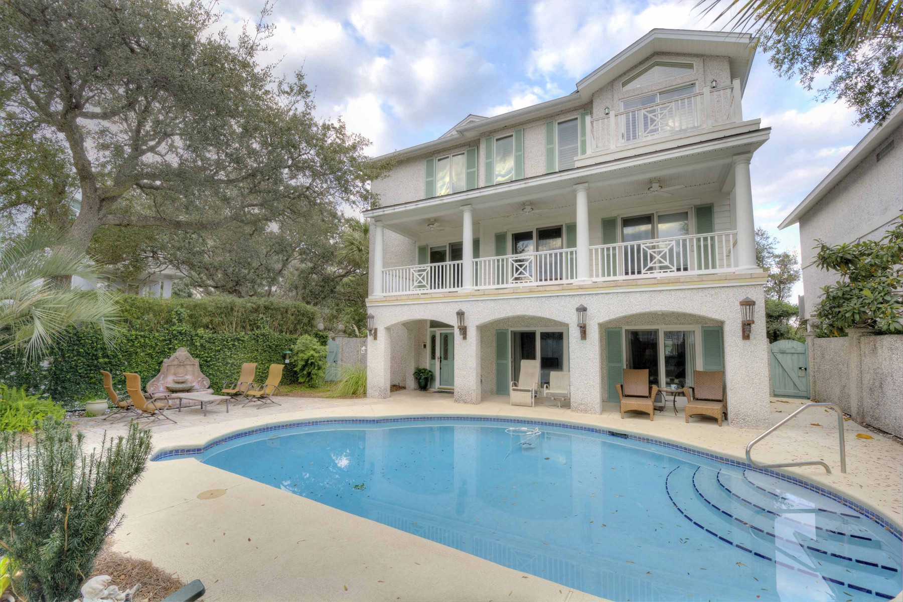 Single Family Home for Active at 4226 Thirteenth St. Simons Island, Georgia 31522 United States