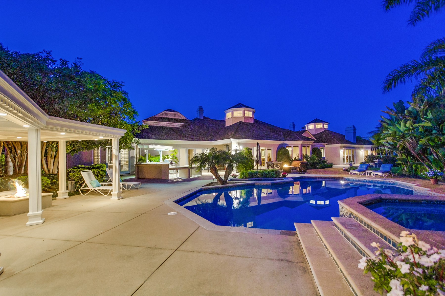 Additional photo for property listing at 9814 Black Gold Road  La Jolla, Californie 92037 États-Unis