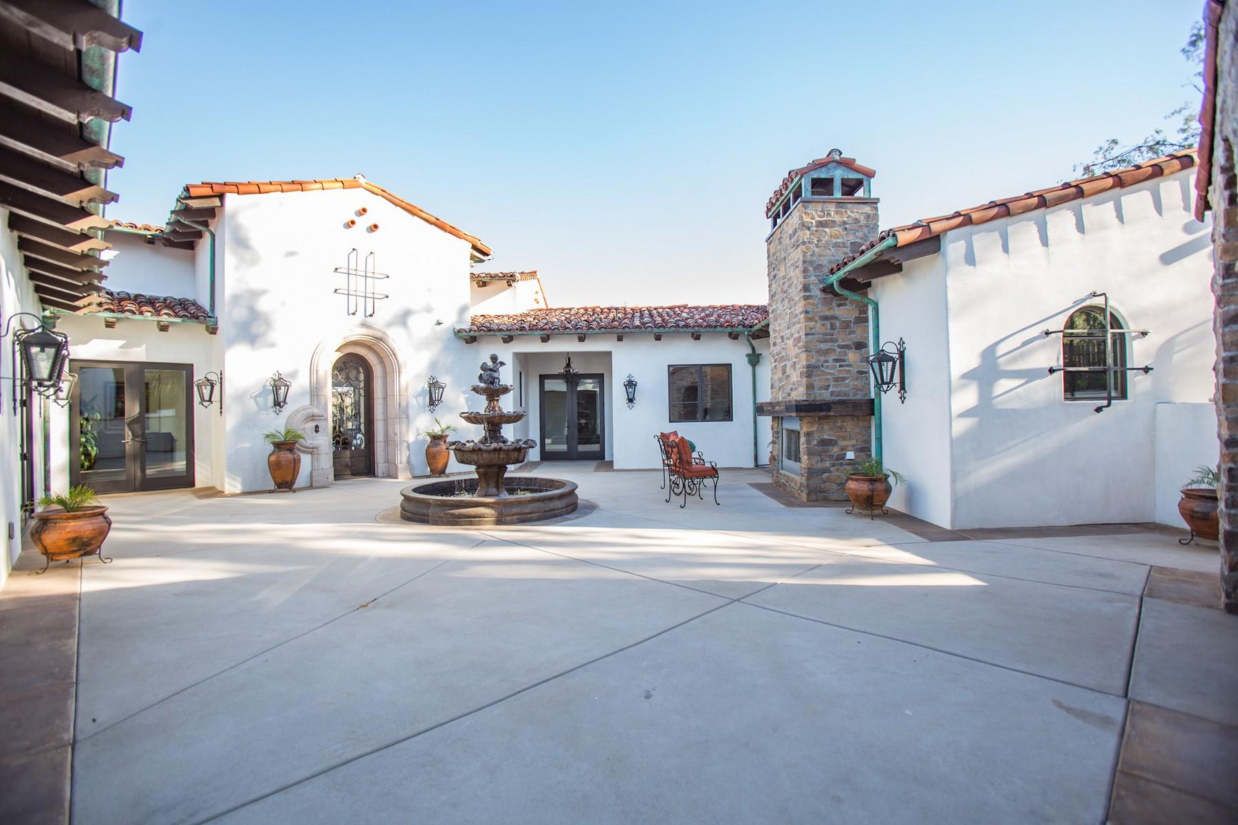 Частный односемейный дом для того Продажа на 17511 Caminito De Los Escoses Rancho Santa Fe, Калифорния, 92067 Соединенные Штаты