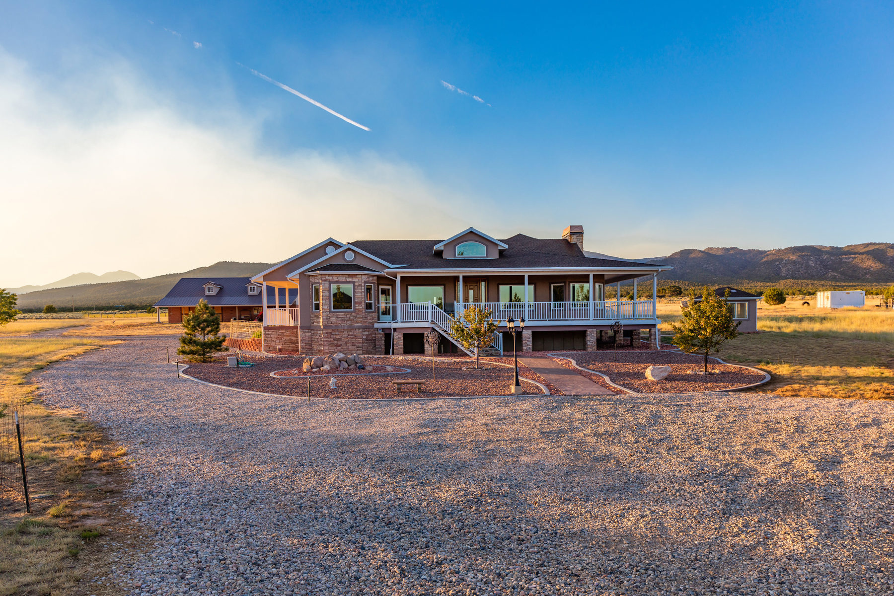 Single Family Home for Sale at 40 ACRE RANCH NEAR ZION 748 North 175 East New Harmony, Utah 84757 United States