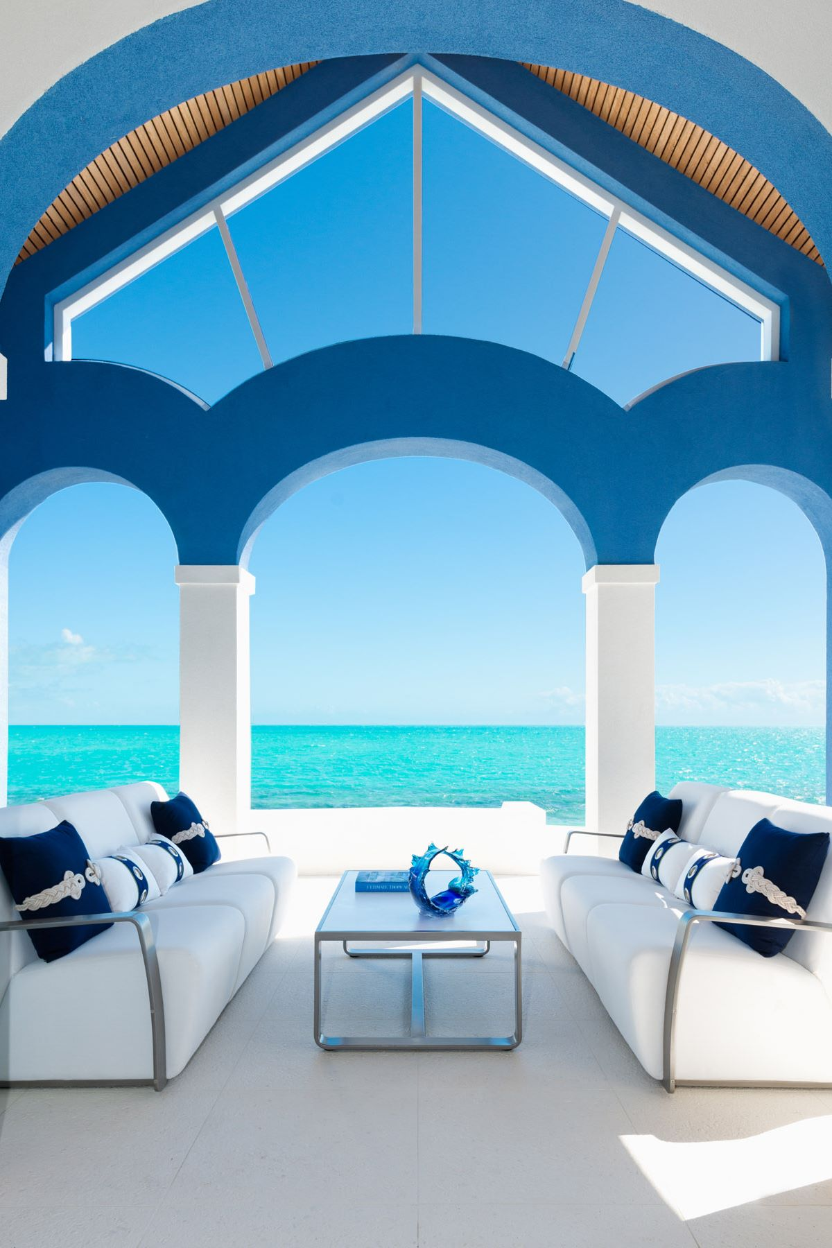 Additional photo for property listing at Mandalay Beachfront Long Bay, Providenciales TCI Îles Turques Et Caïques