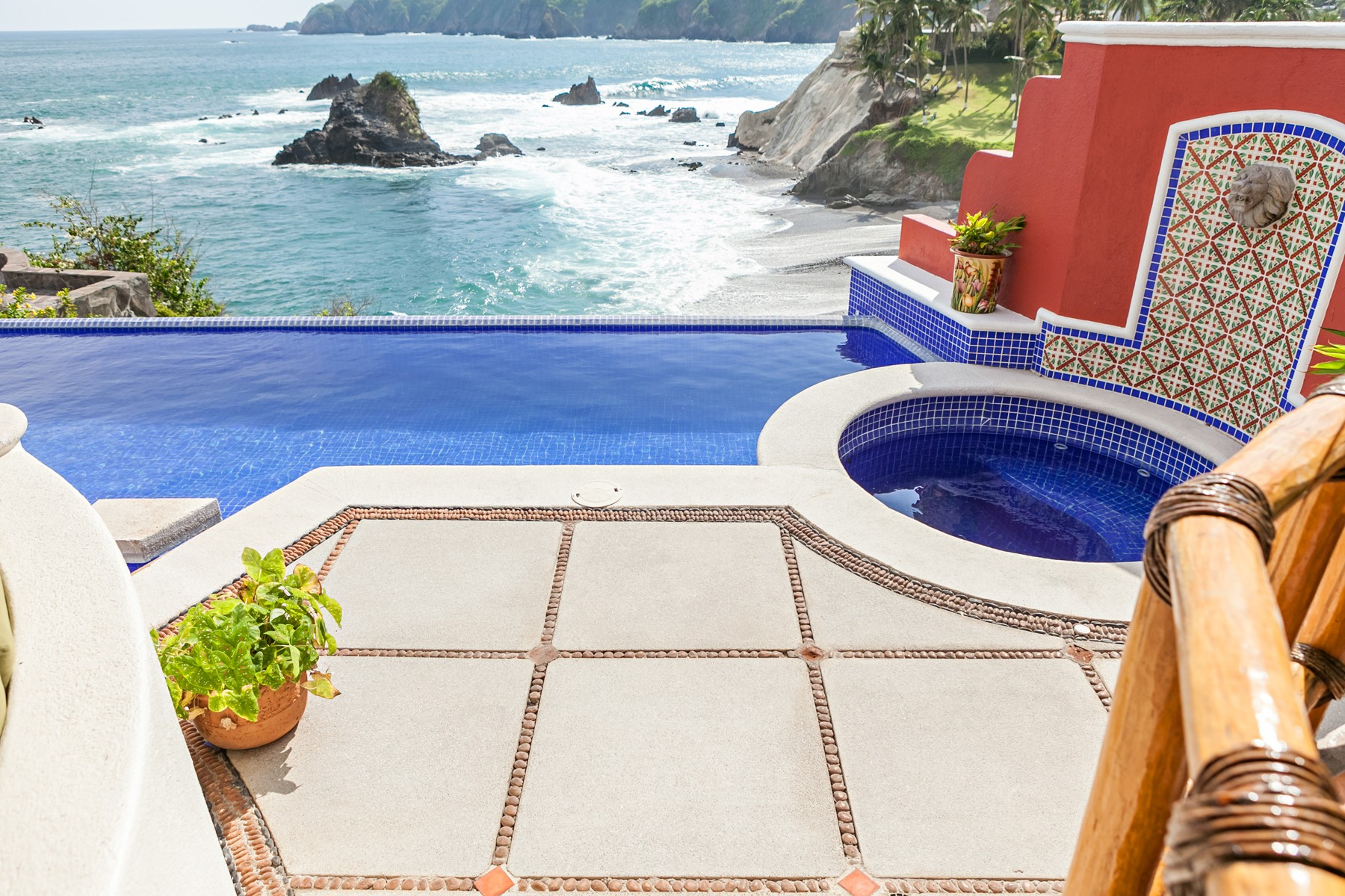 Additional photo for property listing at Casa Punta Encantada, Manzanillo Condominio Punta Encantada Lote 3 Manzanillo, Colima 28868 Mexico
