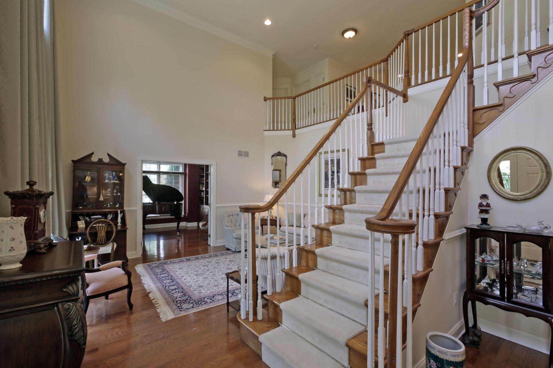 Residência urbana para Venda às Elegant Carriage Style Townhome 1504 Farley Road Tewksbury Township, Nova Jersey, 08889 Estados Unidos