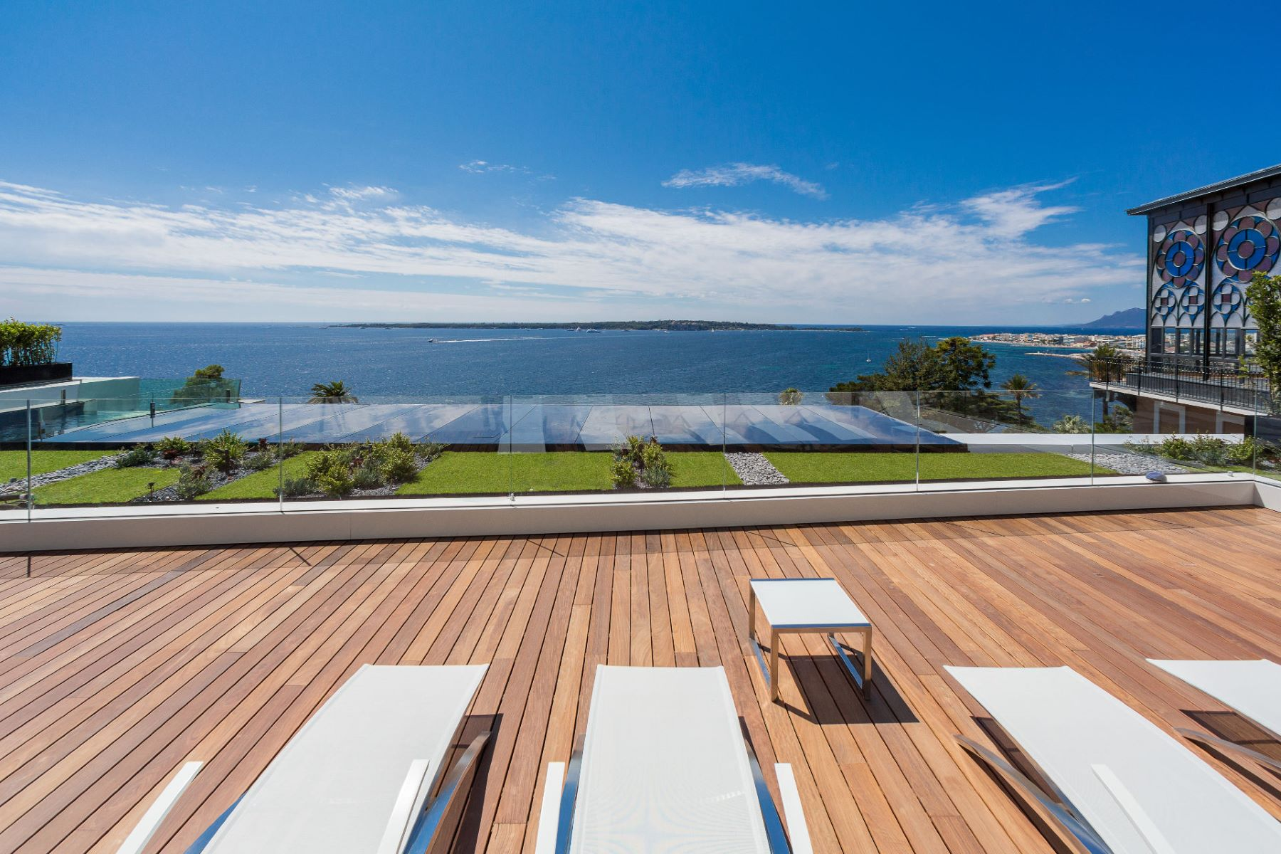 Apartment for Sale at Apartment Cannes, Provence-Alpes-Cote D'Azur, 06400 France