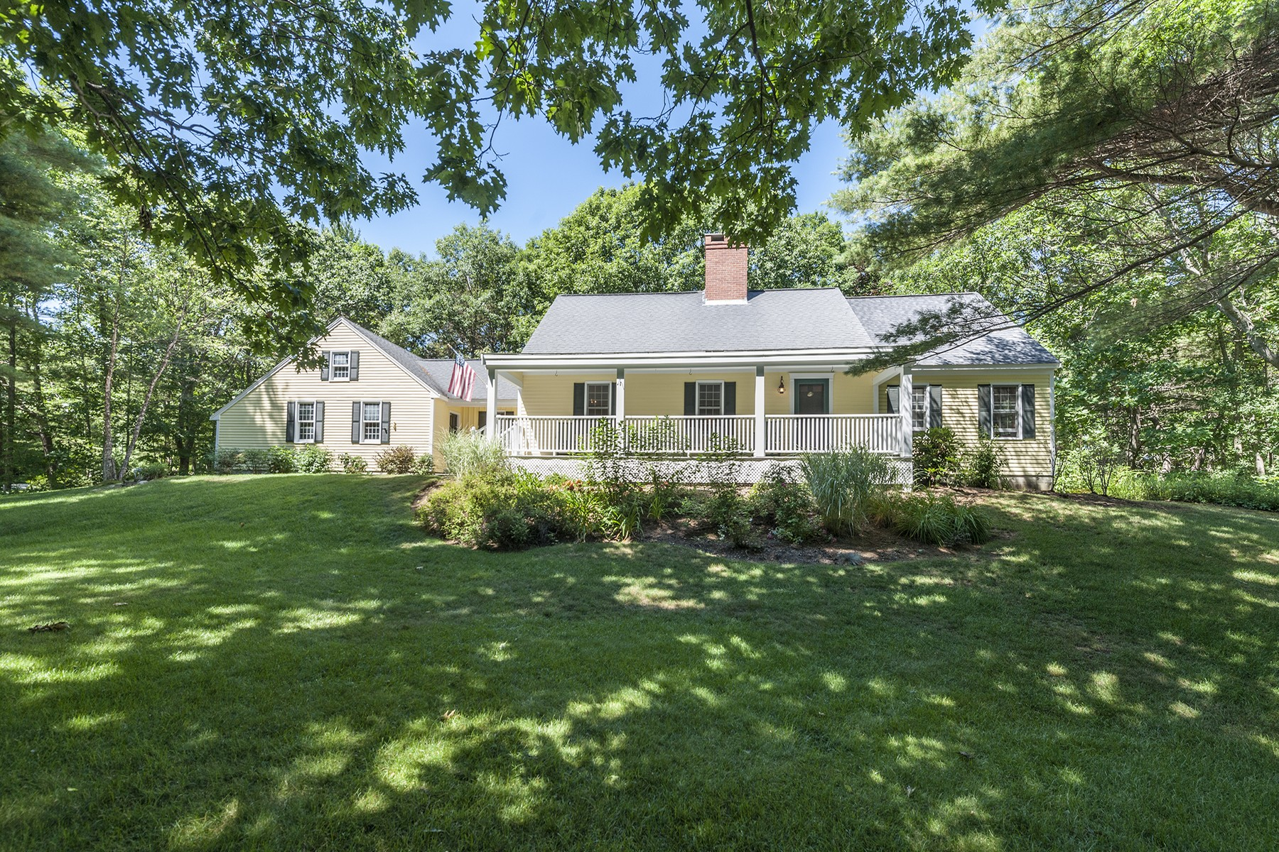 Single Family Home for Sale at Cape Neddick Cape on 1.23 Acres 1 Whippoorwill Ridge Road York, Maine, 03902 United States