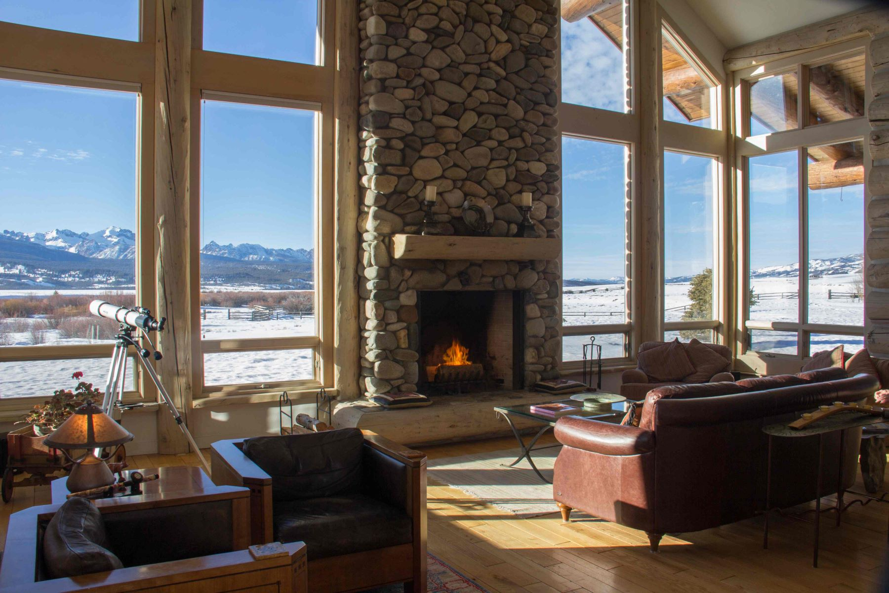 Additional photo for property listing at Lost Creek Ranch  Stanley, Idaho 83278 United States