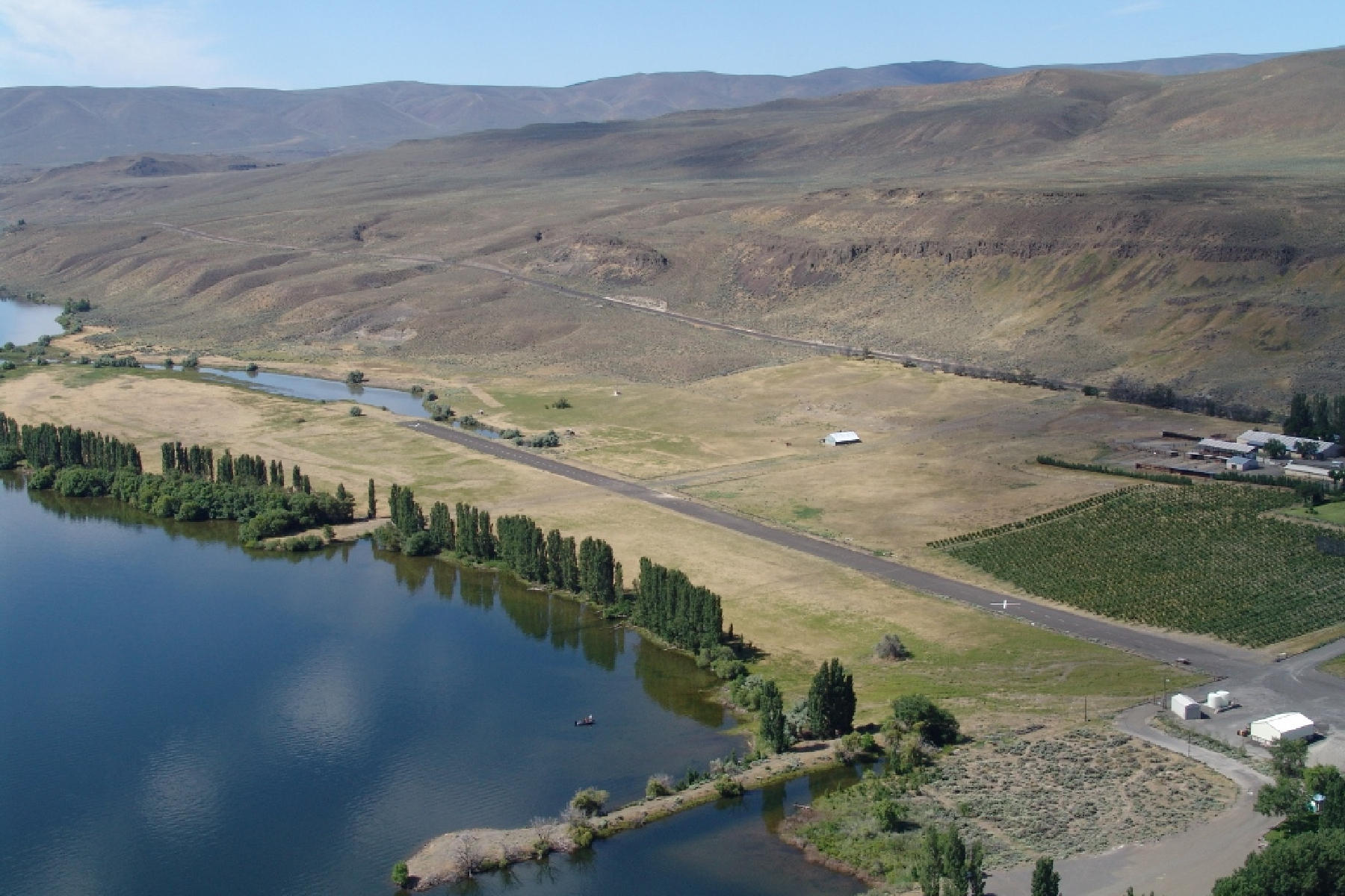 Additional photo for property listing at Vantage Bay Huntzinger Road Vantage, Washington 98950 United States