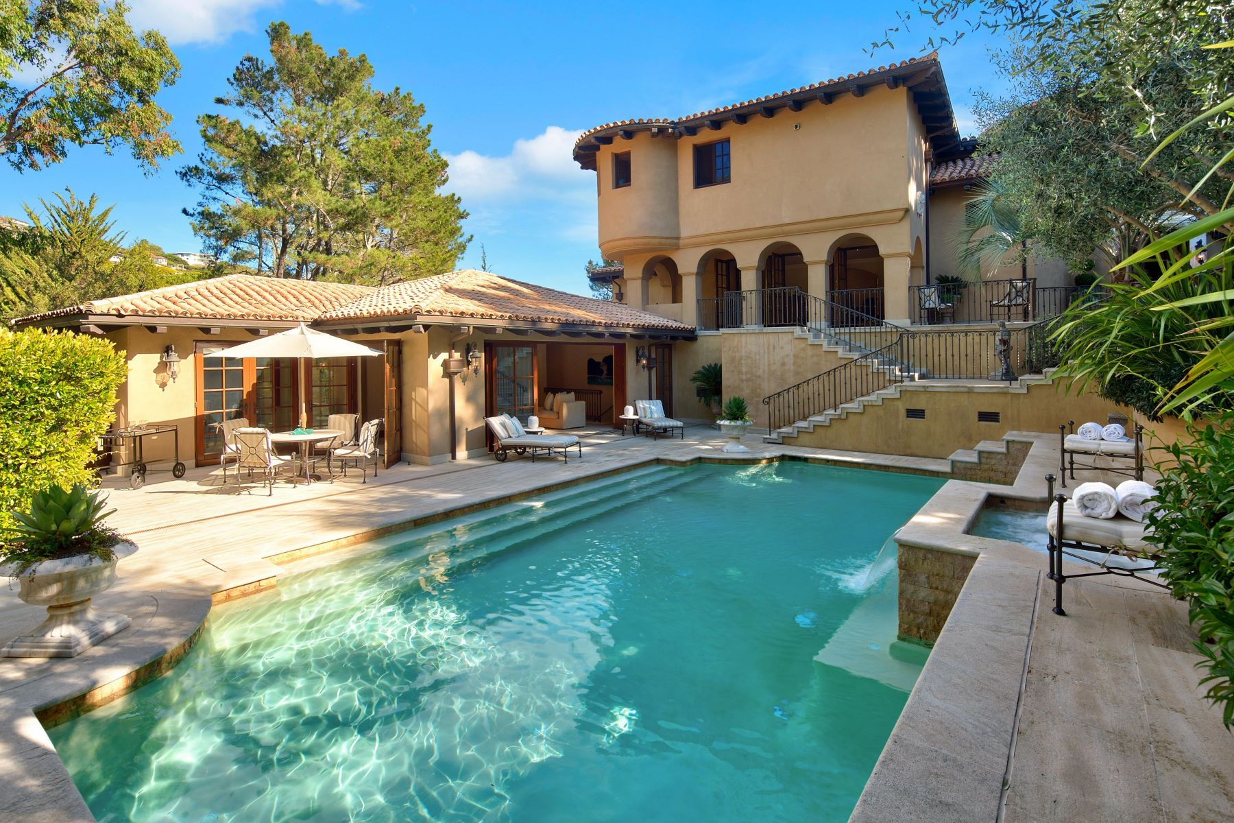 Single Family Home for Sale at Tiburon's Magnificent Mediterranean 12 Tara Hill Rd Tiburon, California 94920 United States