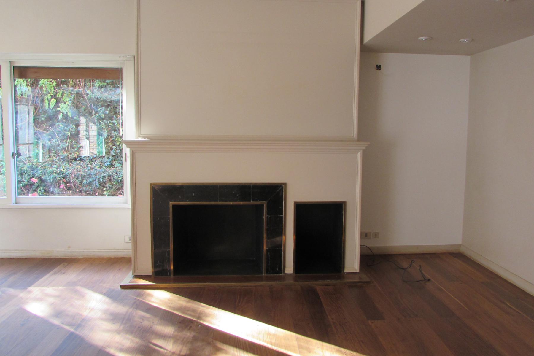 Casa Unifamiliar por un Venta en Destacado piso en Barrio Parque Ortiz de Ocampo 3100 Buenos Aires, Buenos Aires, C1425DSS Argentina