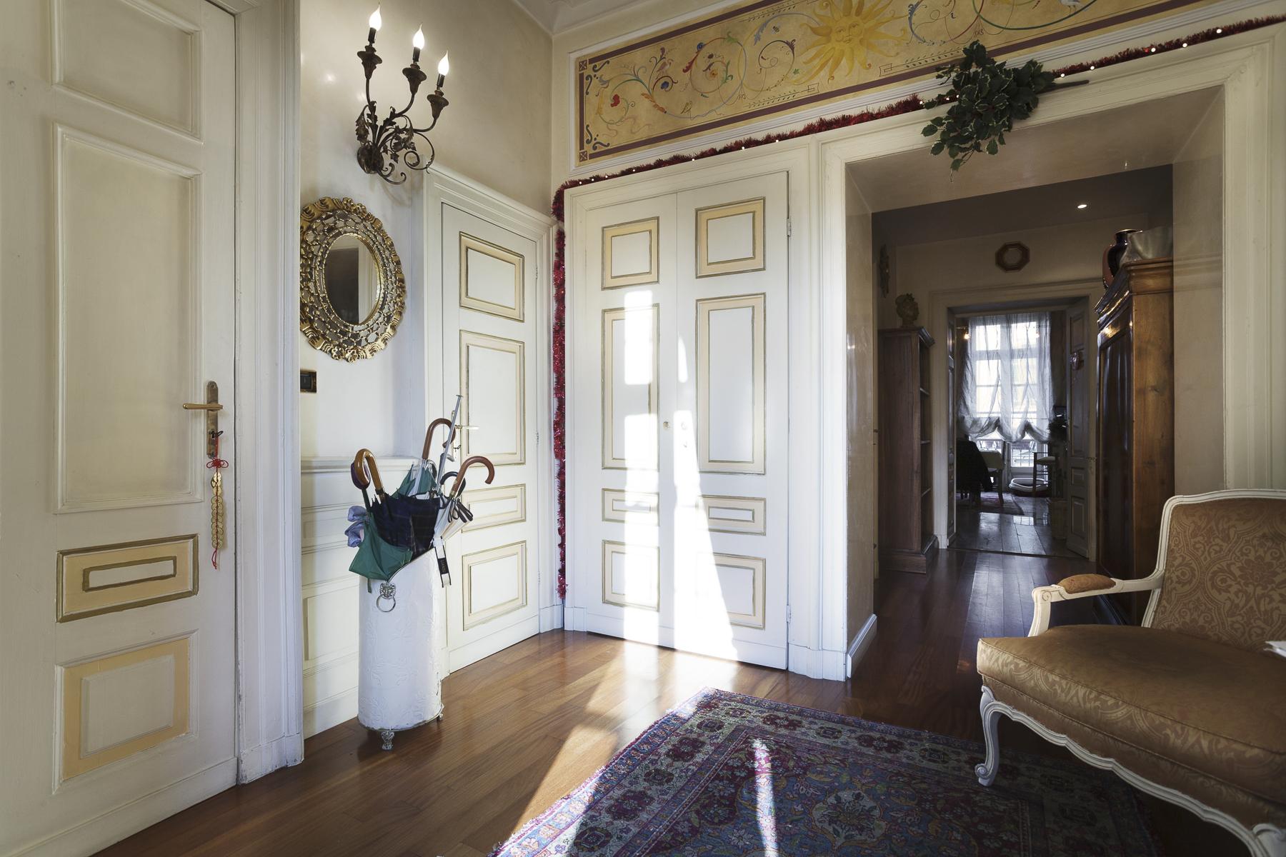 Wohnung für Verkauf beim Elegant apartment in Piazza Vittorio Piazza Vittorio Veneto Torino, Turin 10124 Italien
