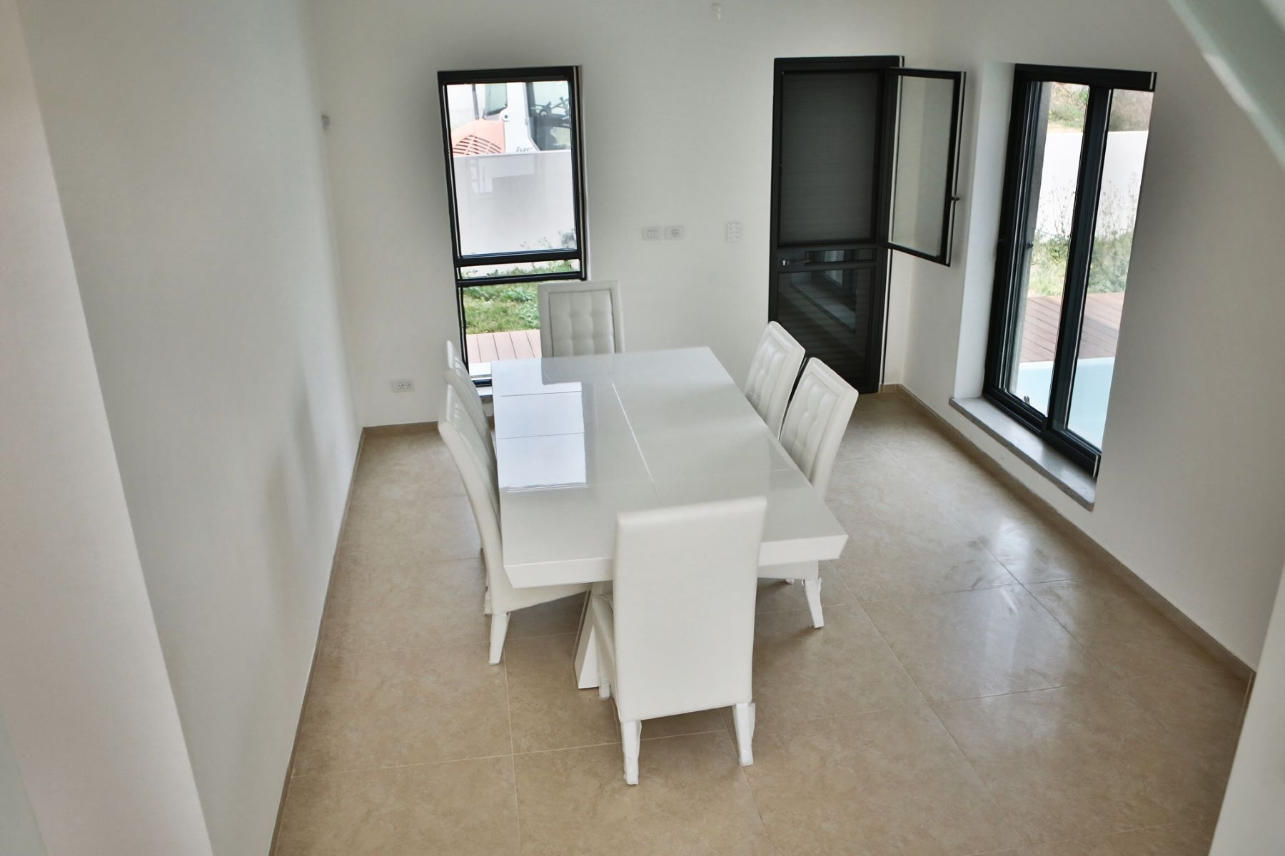 Additional photo for property listing at Exquisite Classic Style Villa in Caesarea  凯撒利亚, 以色列 308890 以色列