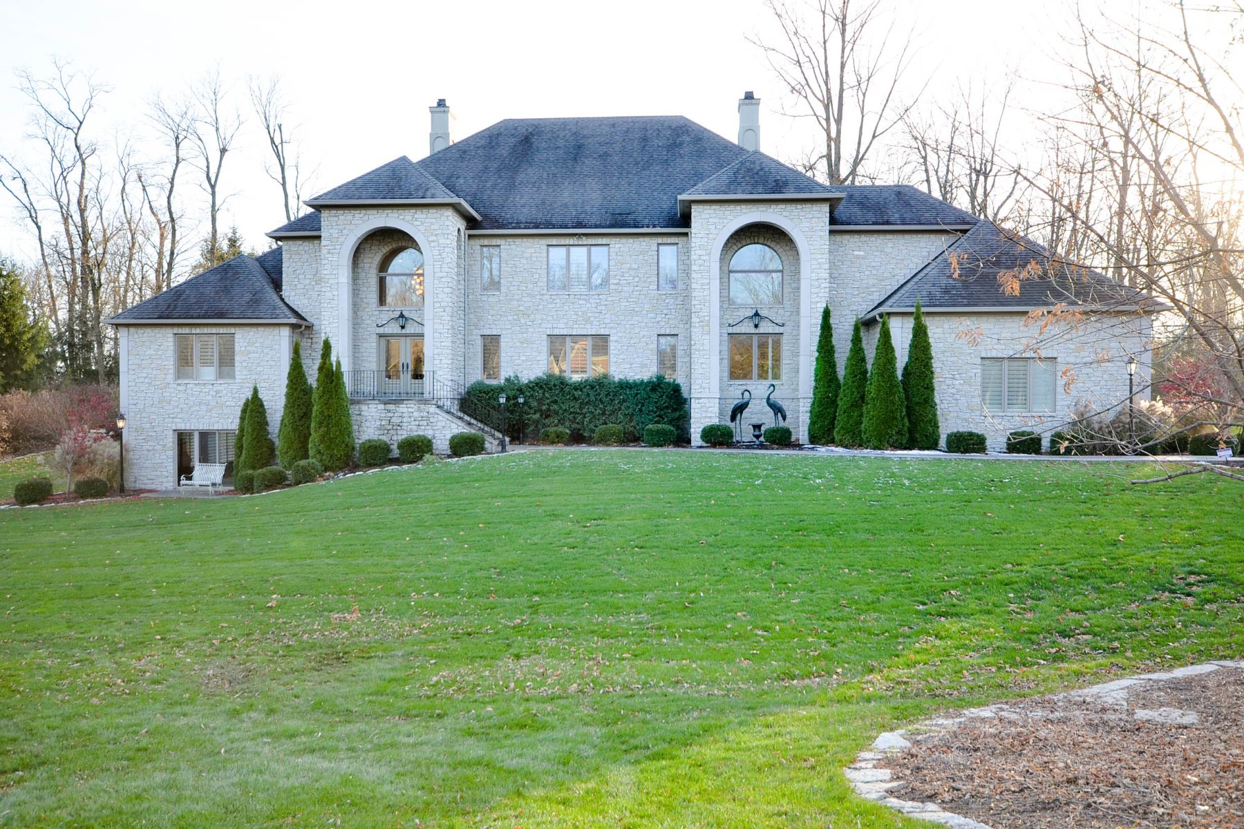 Single Family Home for Sale at Incredible Home on 1.42 Acres 410 Breakwater Drive Fishers, Indiana, 46037 United States