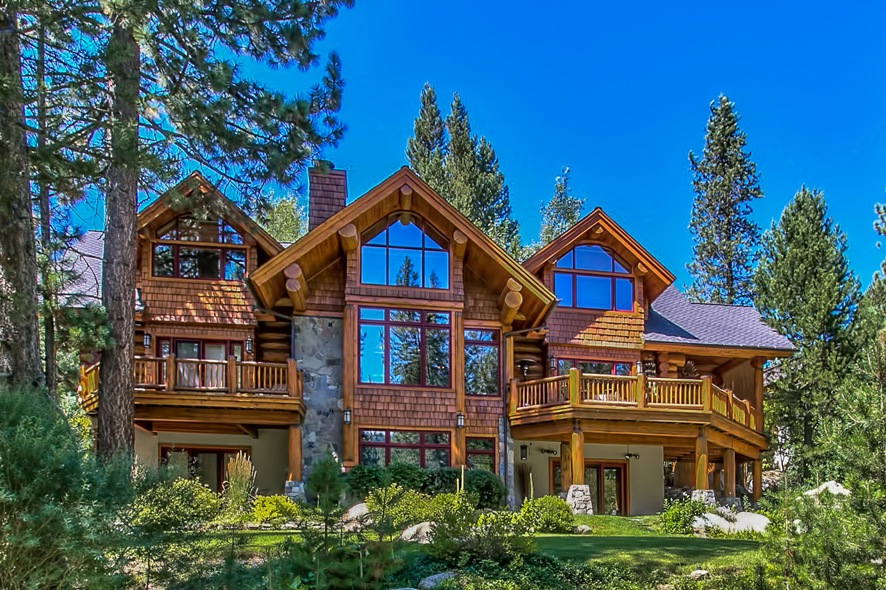 Maison unifamiliale pour l Vente à 95 Winding Creek Road Olympic Valley, Californie, 96146 Lake Tahoe, États-Unis