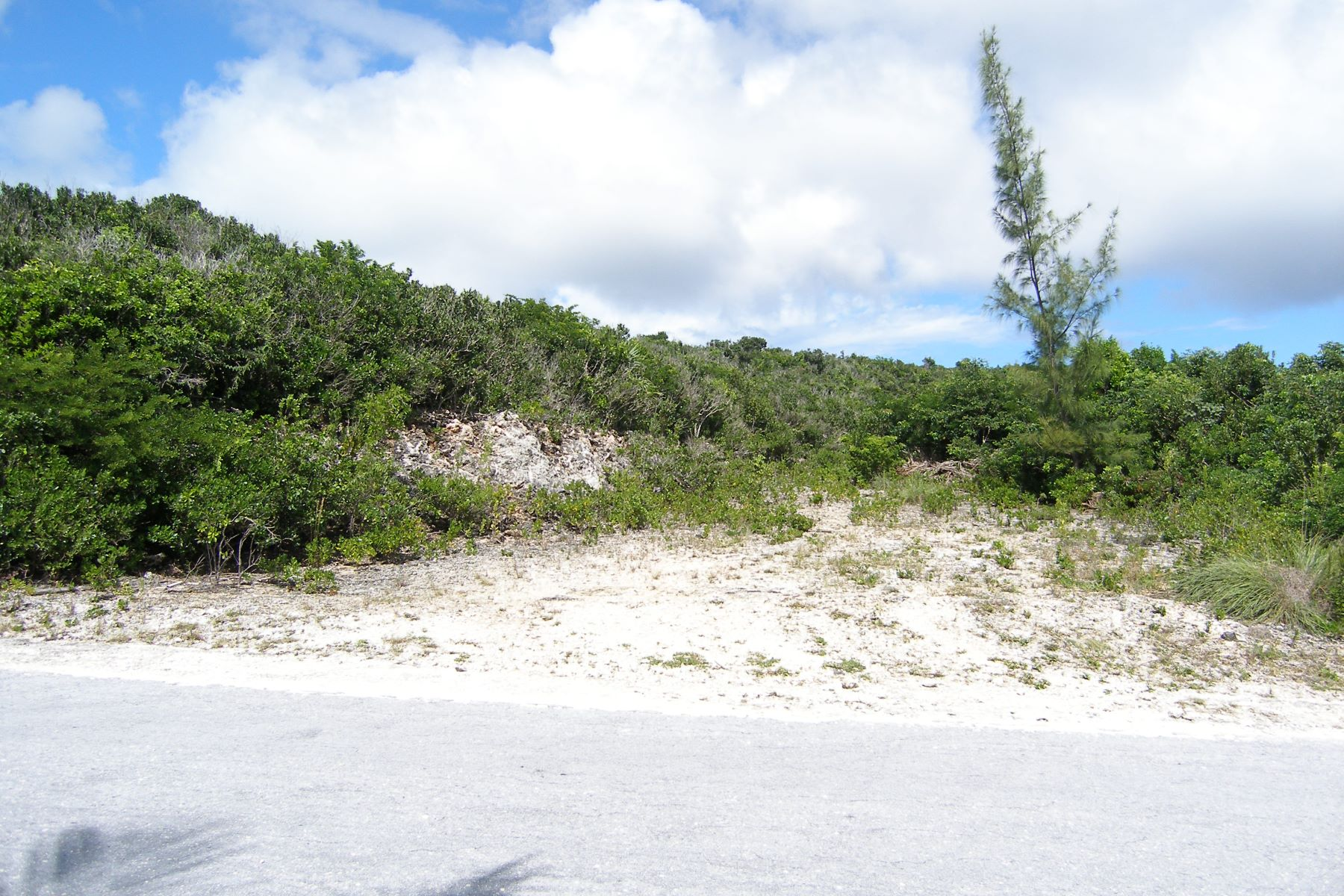Additional photo for property listing at Exceptional Views Gregory Town, Eleuthera Bahamas