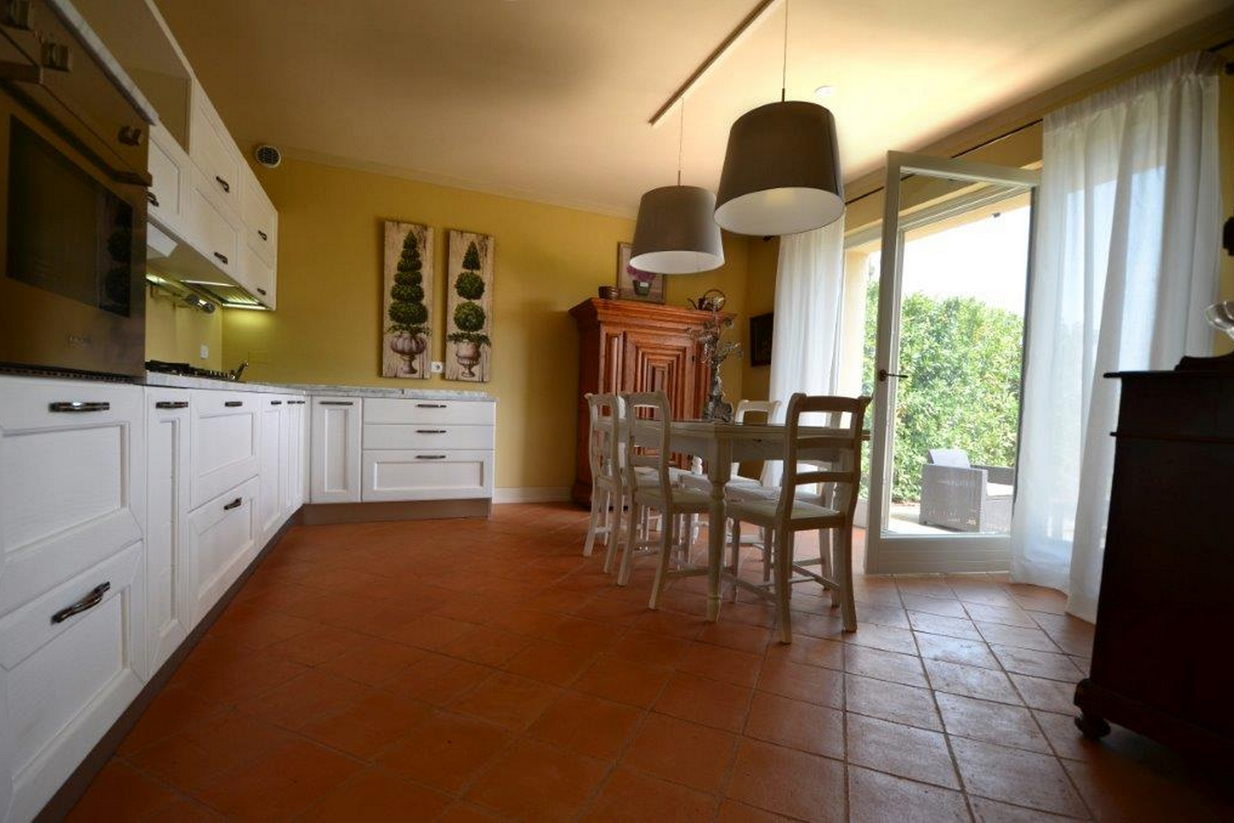 Additional photo for property listing at Tuscan country home with garden Gavorrano Gavorrano, Grosseto 58023 Italia