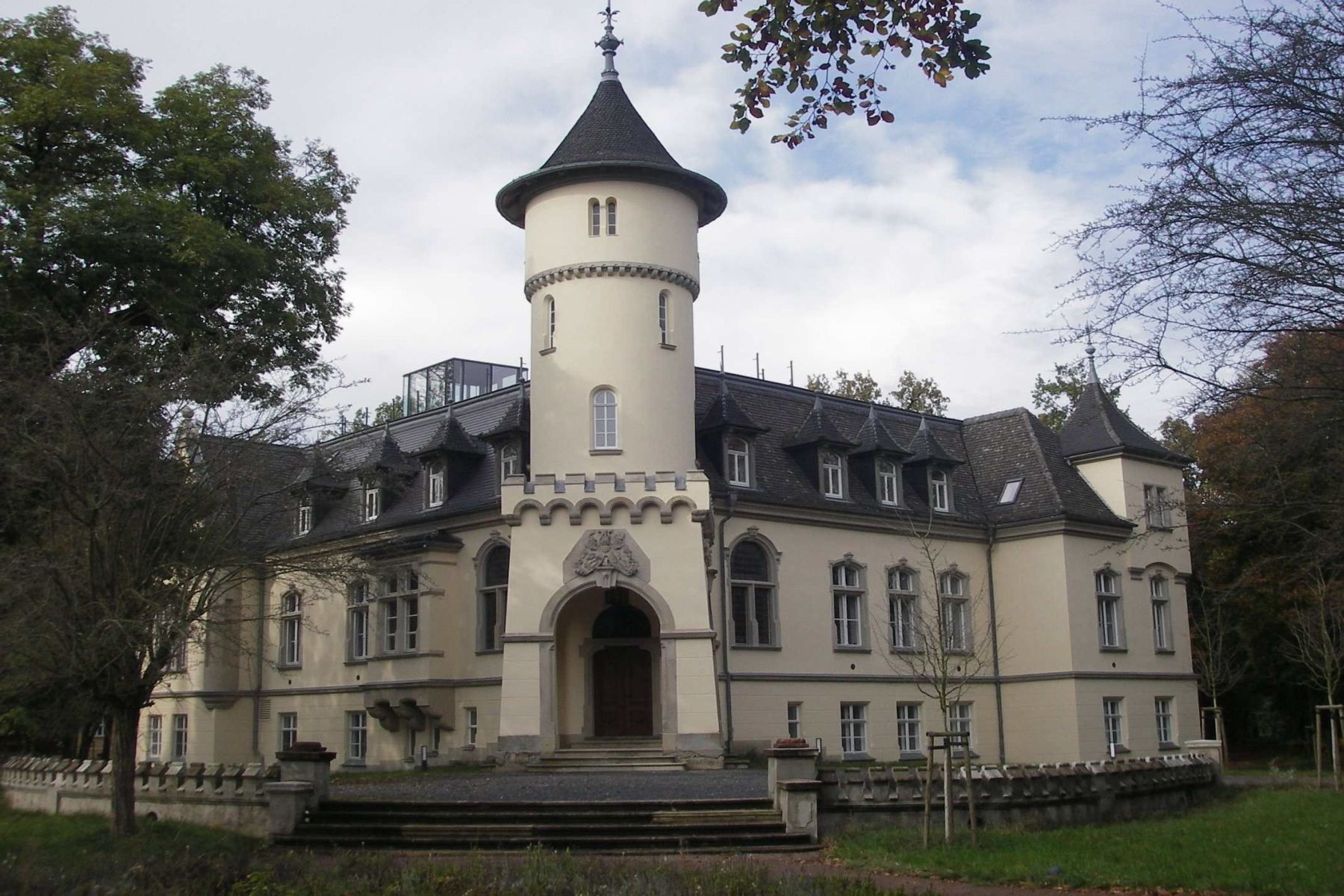 Single Family Home for Sale at Let your dreams come true at the Hohenbocka Château ! Hohenbocka, Brandenburg 01945 Germany