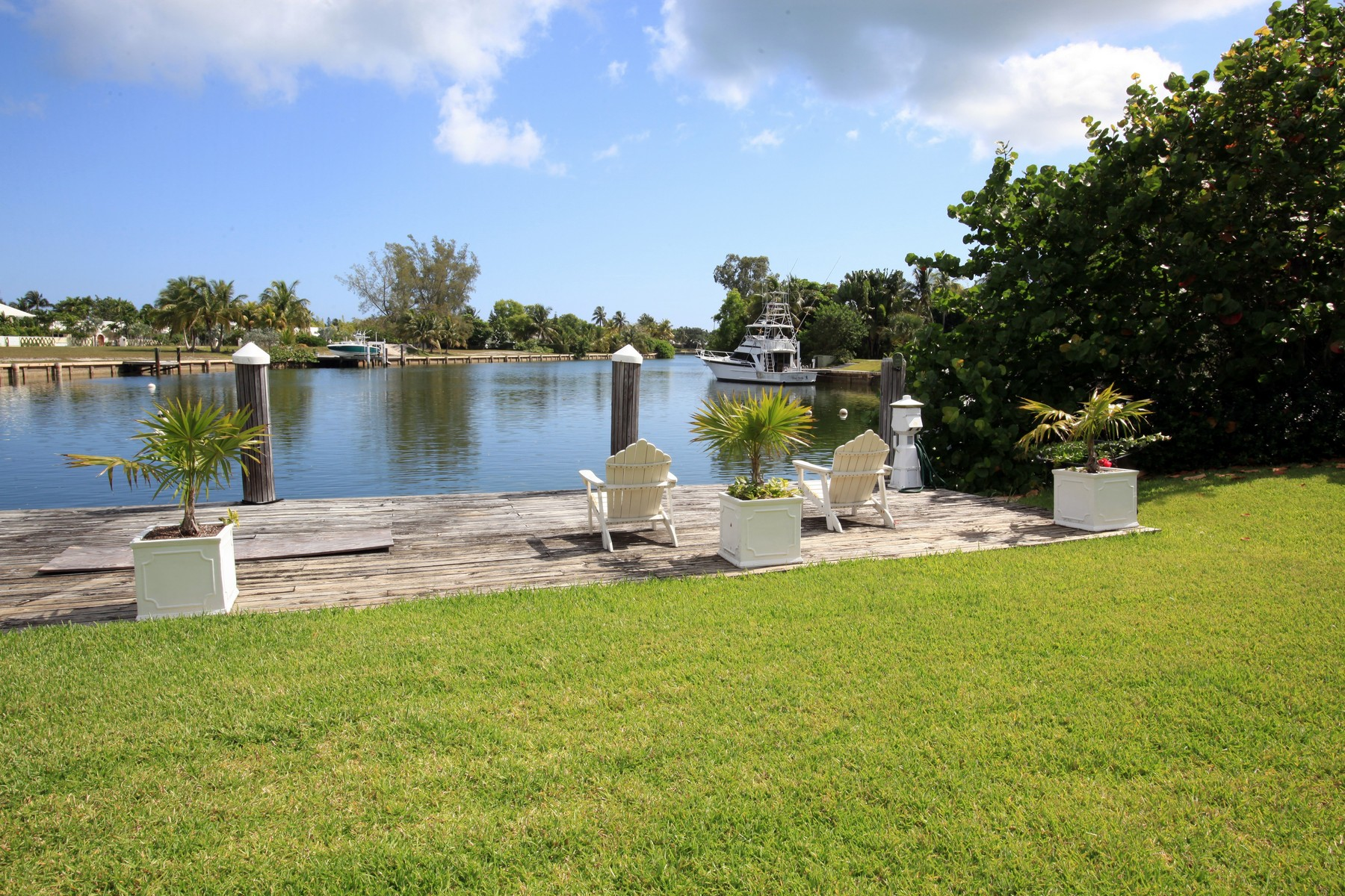 Additional photo for property listing at The Cuckoo's Nest Lyford Cay, New Providence/Nassau Bahamas