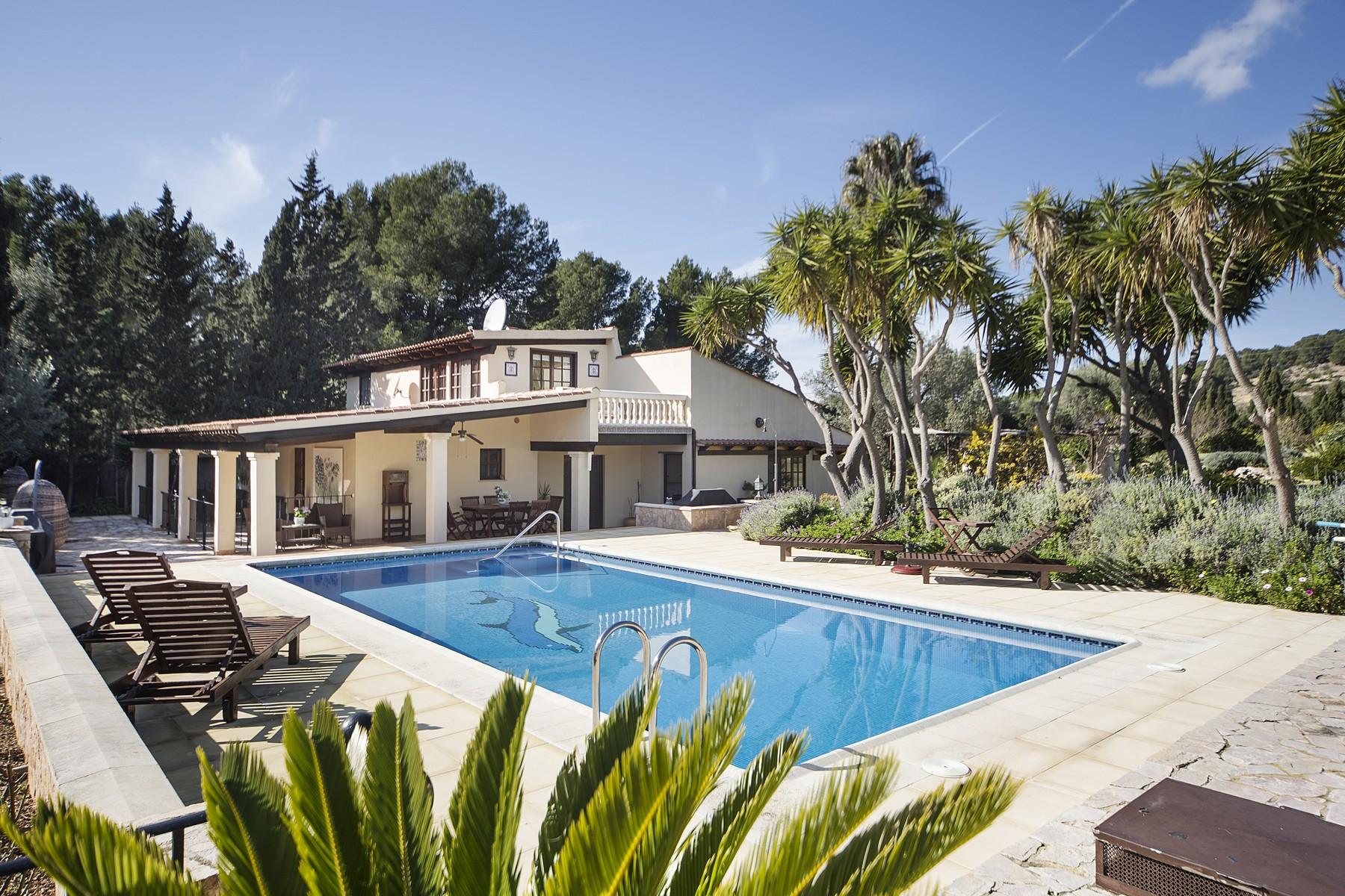 独户住宅 为 销售 在 Country Estate between Santa Ponsa and Calviá 巴利阿里群岛其他地方, 巴利阿里群岛 07184 西班牙