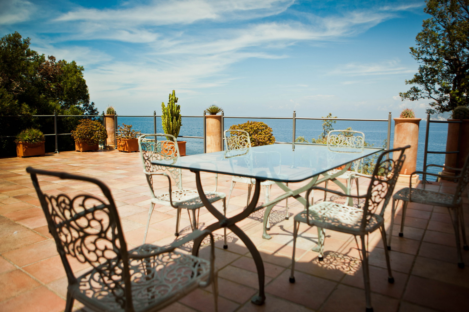 Additional photo for property listing at Exclusive property with private beach Loc. Lo Schioppo Marciana Marina, Livorno 57033 Italien