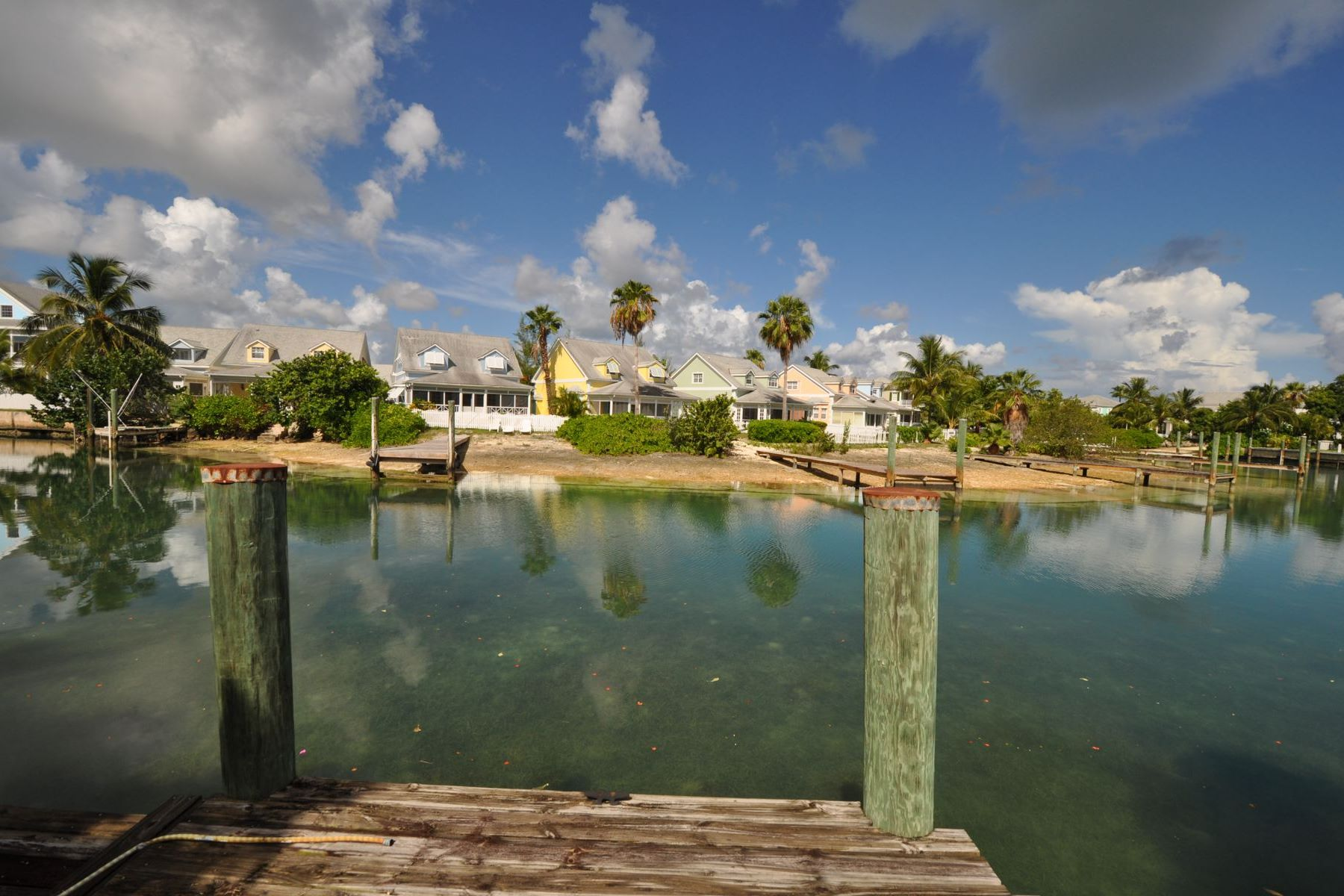 Land for Sale at NEW PRICE ~ Governors Cay Sandyport, Cable Beach, Nassau And Paradise Island Bahamas
