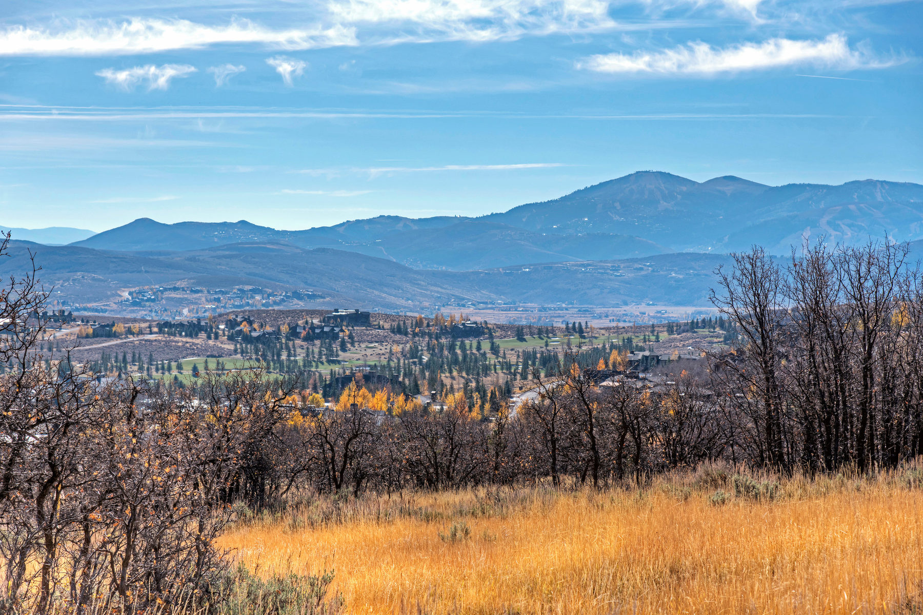 Terrain pour l Vente à 11 Acres of Unobstructed Views & Close to Everything 8193 N Red Fox Ct. Lot 15 Park City, Utah, 84098 États-Unis
