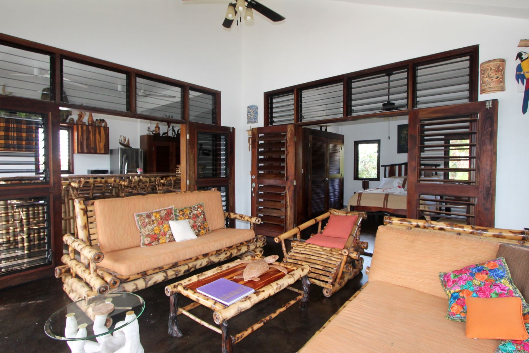 Additional photo for property listing at Casa B'Alam- OWNER FINANCING AVAILALBE San Pedro Town, Ambergris Caye Belice
