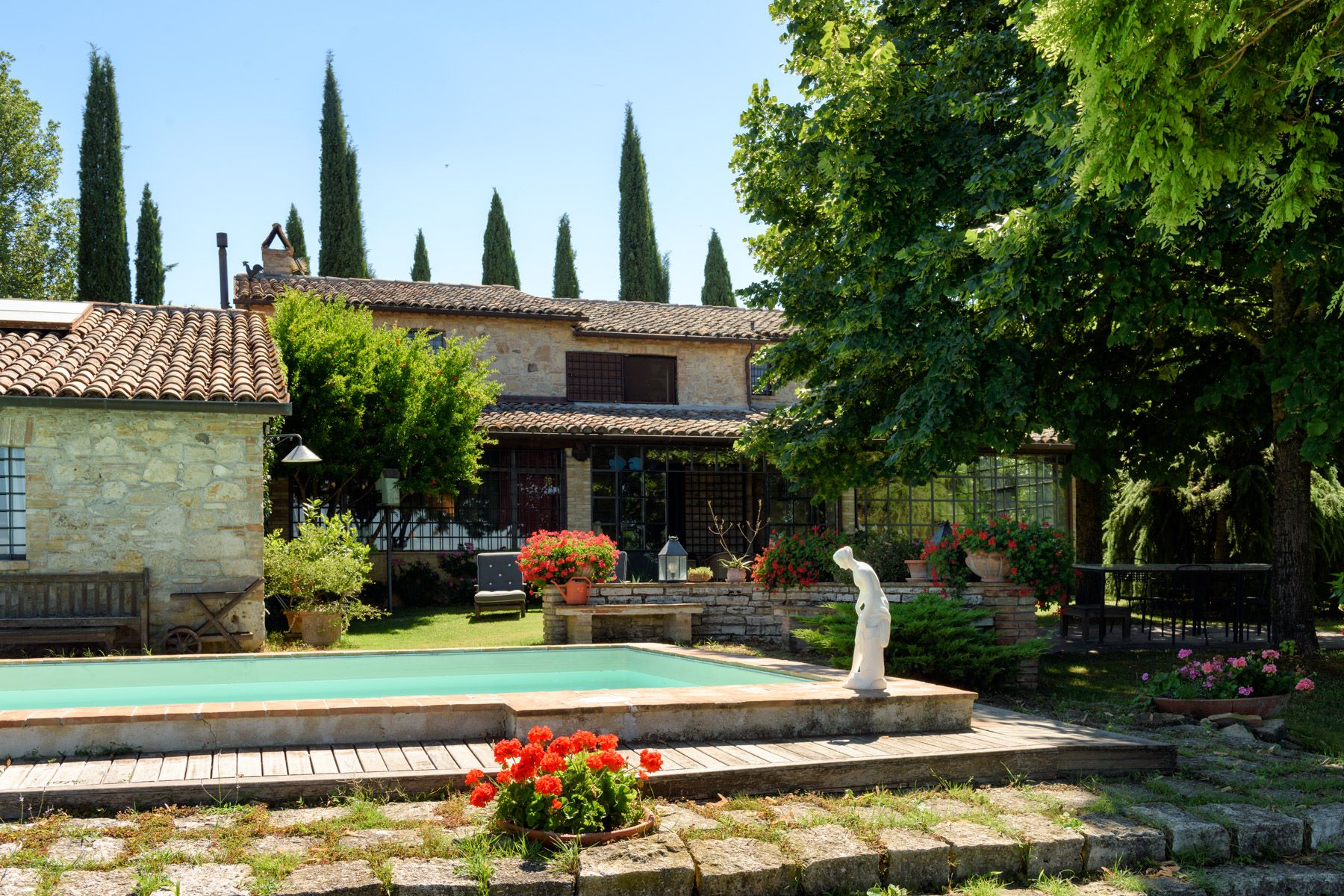 Additional photo for property listing at Charming house overlooking the town of Todi Todi, Perugia Italien