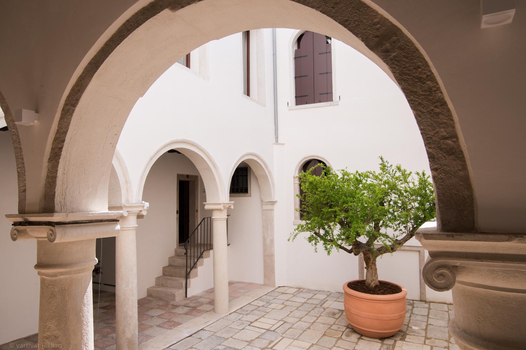 sales property at Burano apartment at Palazzo Garzoni Moro