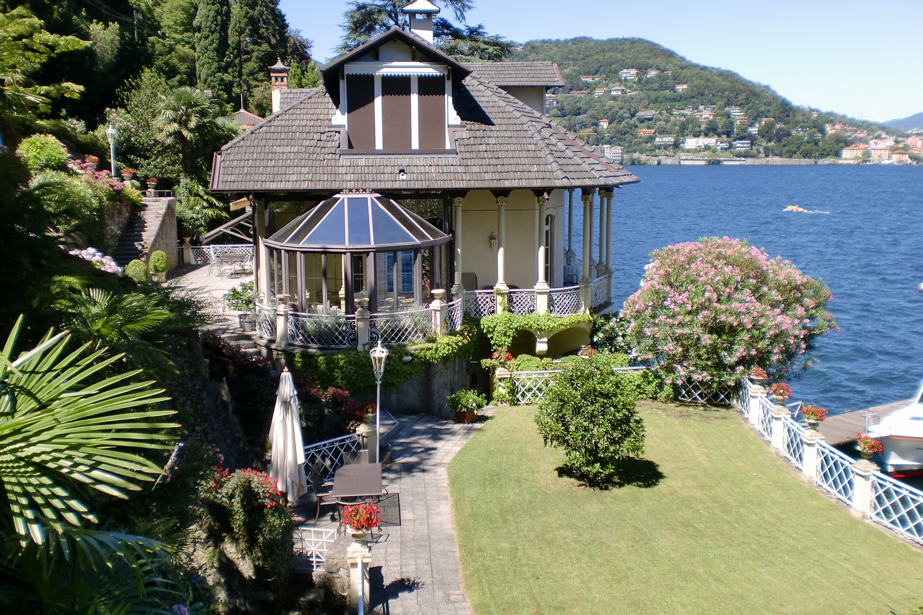 Single Family Home for Sale at Majestic liberty villa on Lake Como Como, 22100 Italy