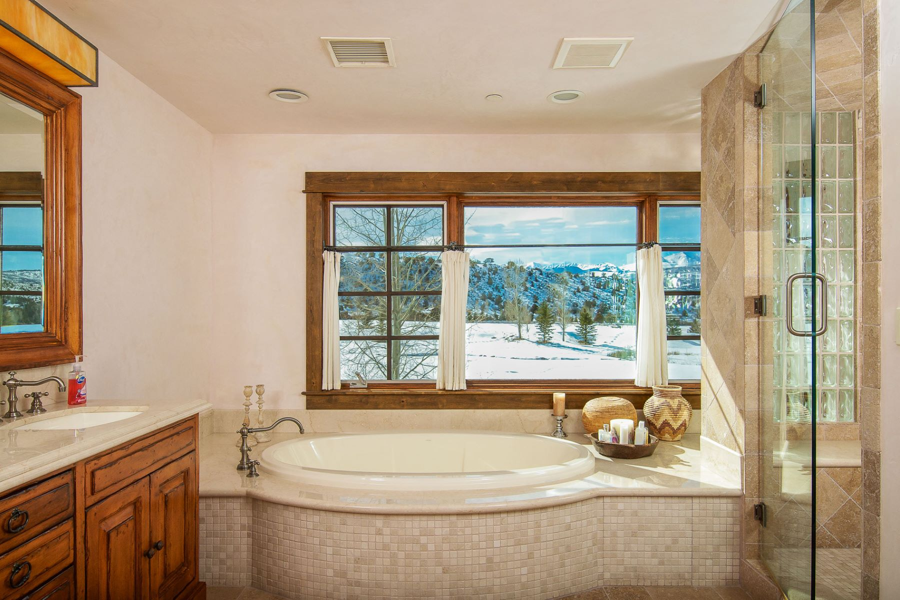 Additional photo for property listing at Spectacular Ranch on Snowmass Creek 2280/2288 Snowmass Creek Road Aspen, Colorado 81611 United States