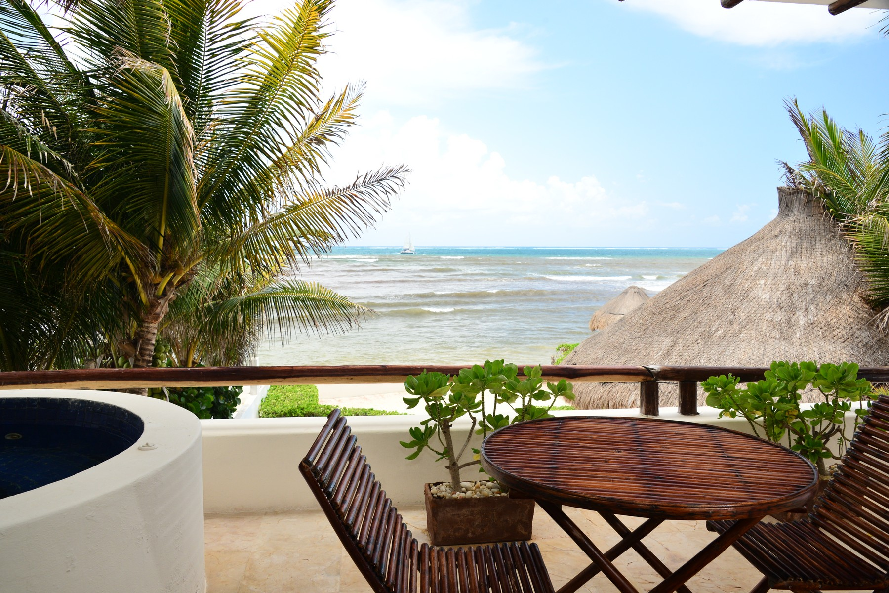 Additional photo for property listing at SEAFRONT PARADISE UNIT #201 Seafront Paradise – Unit #201 Predio Maria Irene, Supermzna 12, Mzna 21 13 Puerto Morelos, Quintana Roo 77930 Mexico