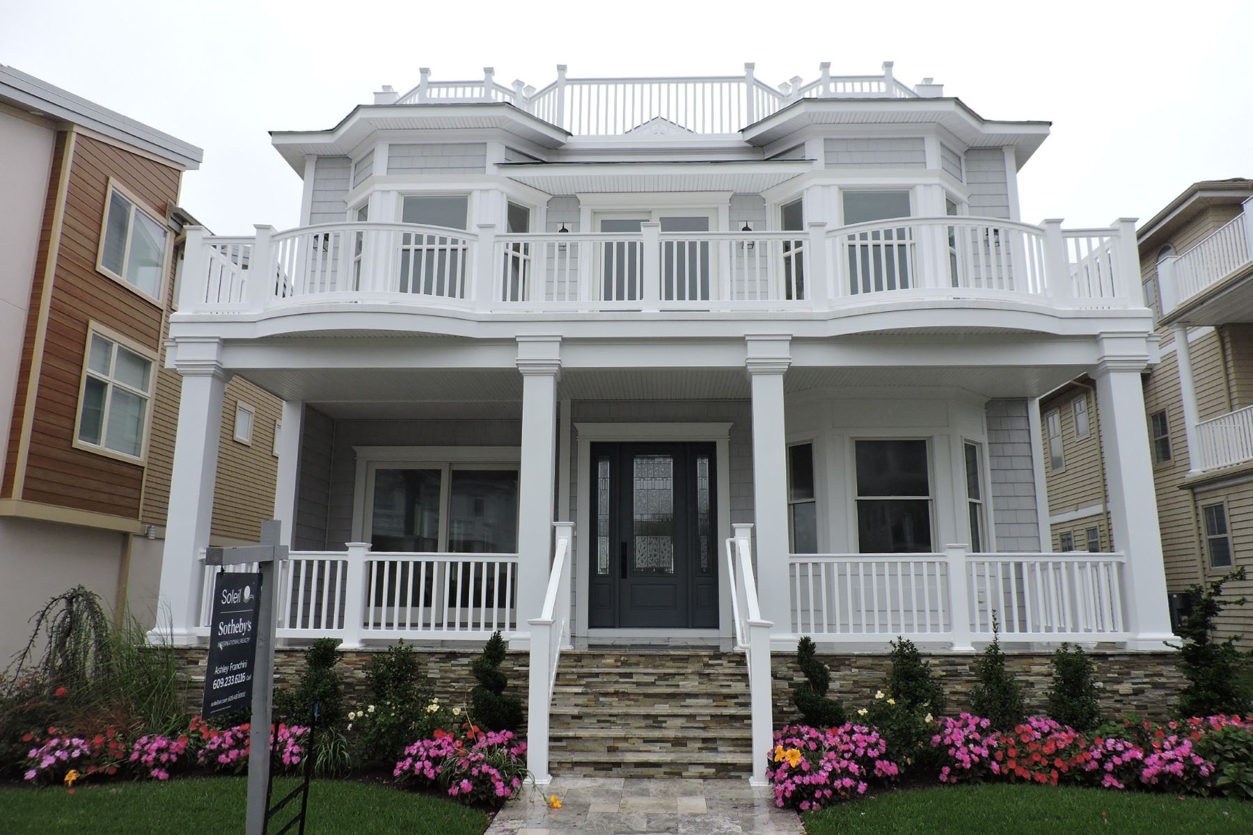 Casa Unifamiliar por un Venta en 102 S Dudley Ave Ventnor, Nueva Jersey, 08406 Estados Unidos