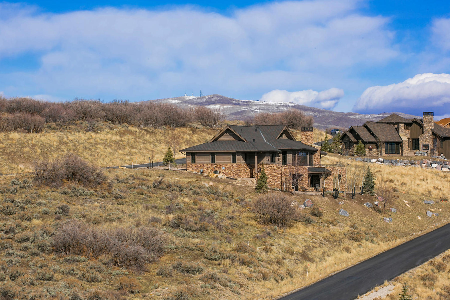 Additional photo for property listing at Park City Cabin in Promontory A Private Mountain Golf Recreational Community 3809 Cynthia Cir Lot 24 Park City, Utah 84098 États-Unis