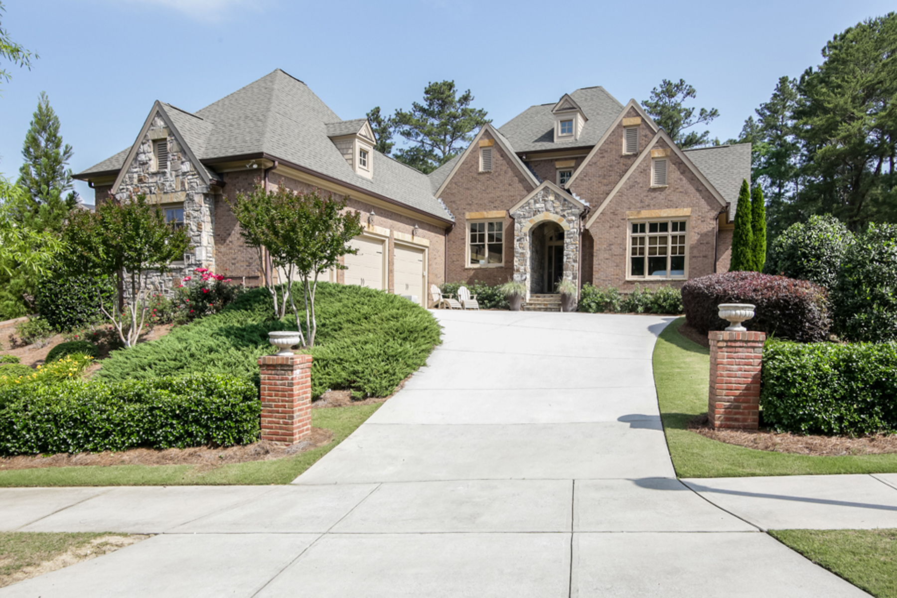 Additional photo for property listing at Immaculate With Master On Main 6062 Tattnall Overlook Acworth, Джорджия 30101 Соединенные Штаты