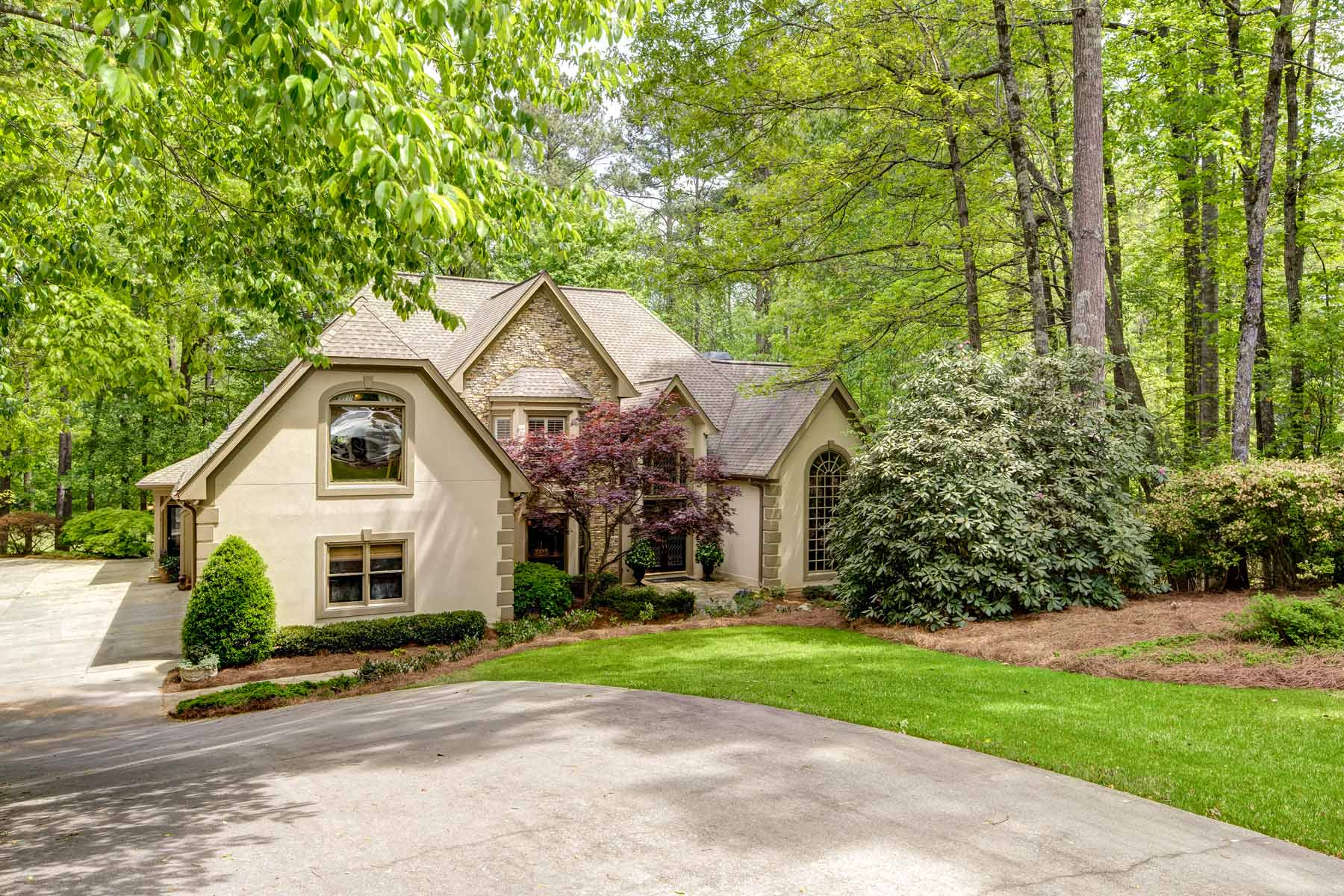 独户住宅 为 销售 在 Spectacular Golf Course Lot 4435 Pemberton Cove 阿法乐特, 乔治亚州, 30022 美国