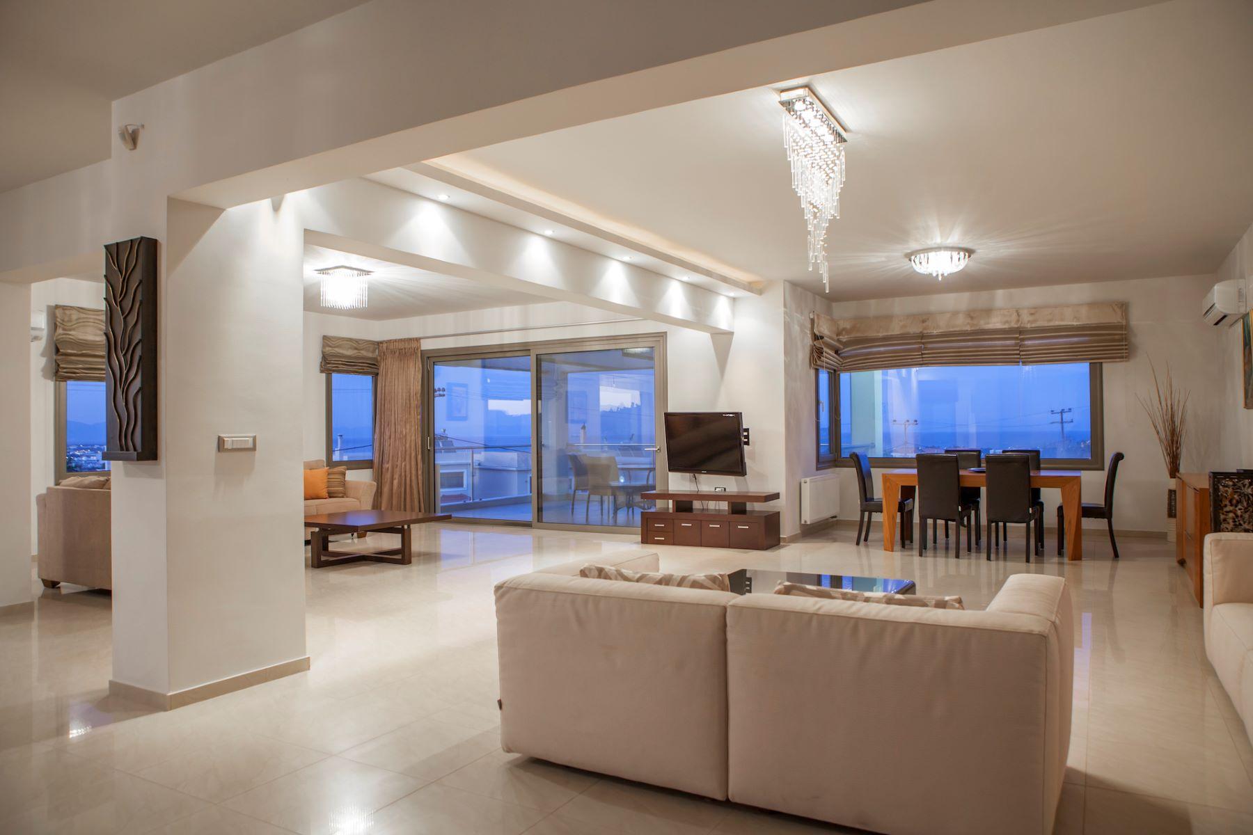 Villa per Vendita alle ore VIVERE NEL LUSSO Koskinou Deluxe Living Rhodes, Egeo Meridionale, 85100 Grecia