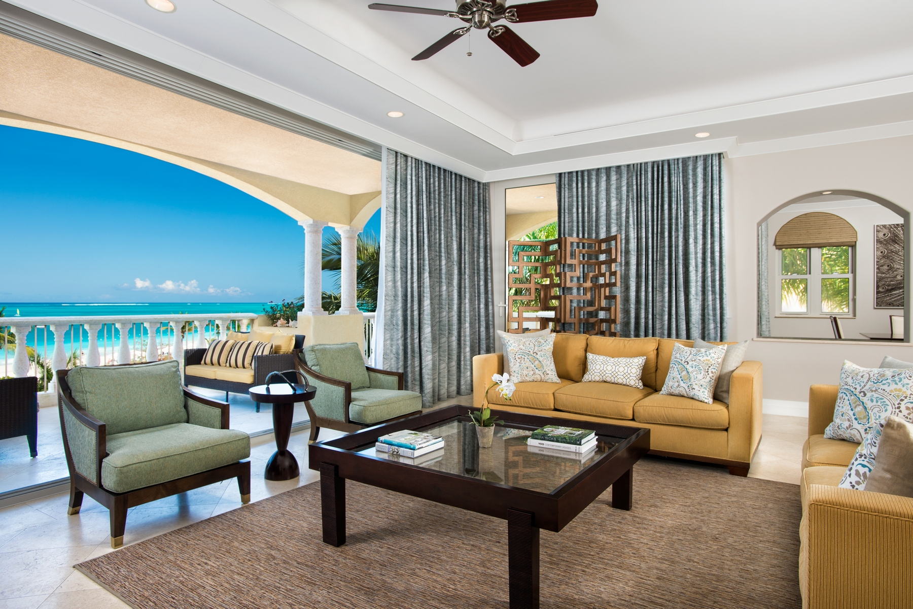 Additional photo for property listing at The Estate at Grace Bay Club F304 Grace Bay Resorts, 格蕾斯湾, 普罗维登夏 特克斯和凯科斯群岛