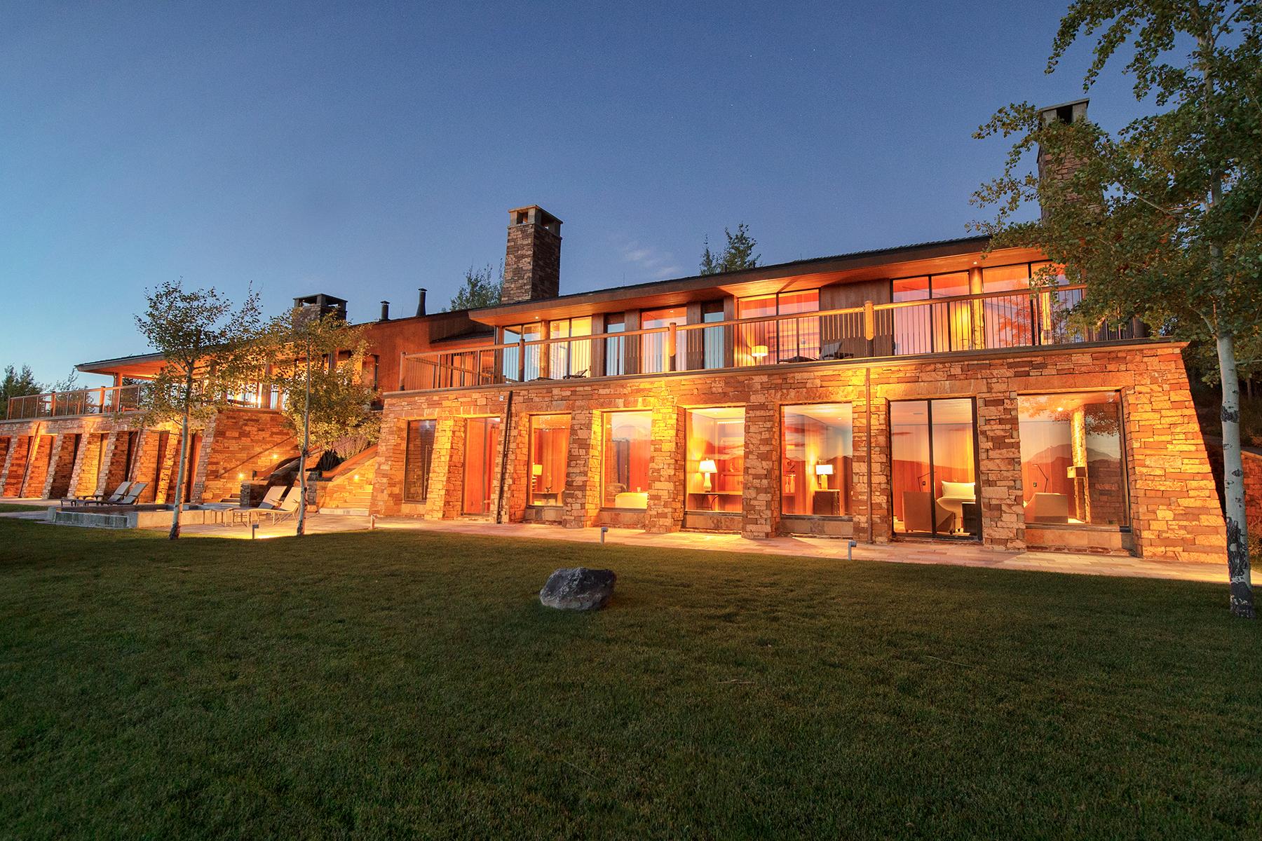 Villa per Vendita alle ore Petite Aman 1605 Amangani Drive Jackson, Wyoming, 83001 Jackson Hole, Stati Uniti