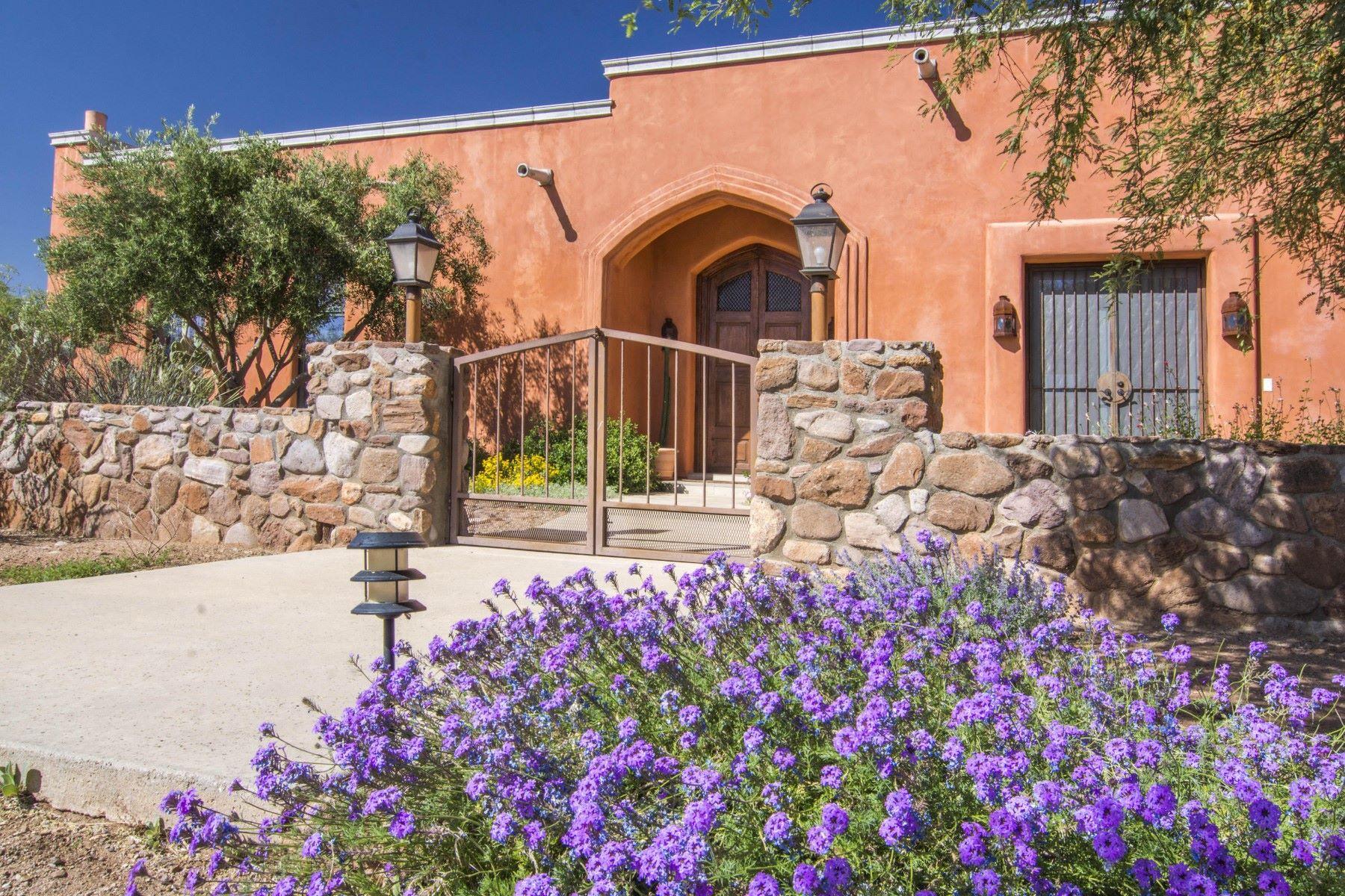 Maison unifamiliale pour l Vente à Beautiful territorial home in Tubac Arizona 7 Camino Cocinero Tubac, Arizona, 85646 États-Unis