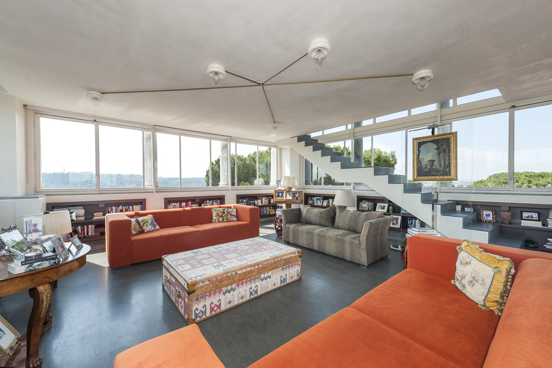 Apartamento por un Venta en Magnífica propiedad con vistas a 360 ° de la Ciudad Eterna Rome, Roma, Italia