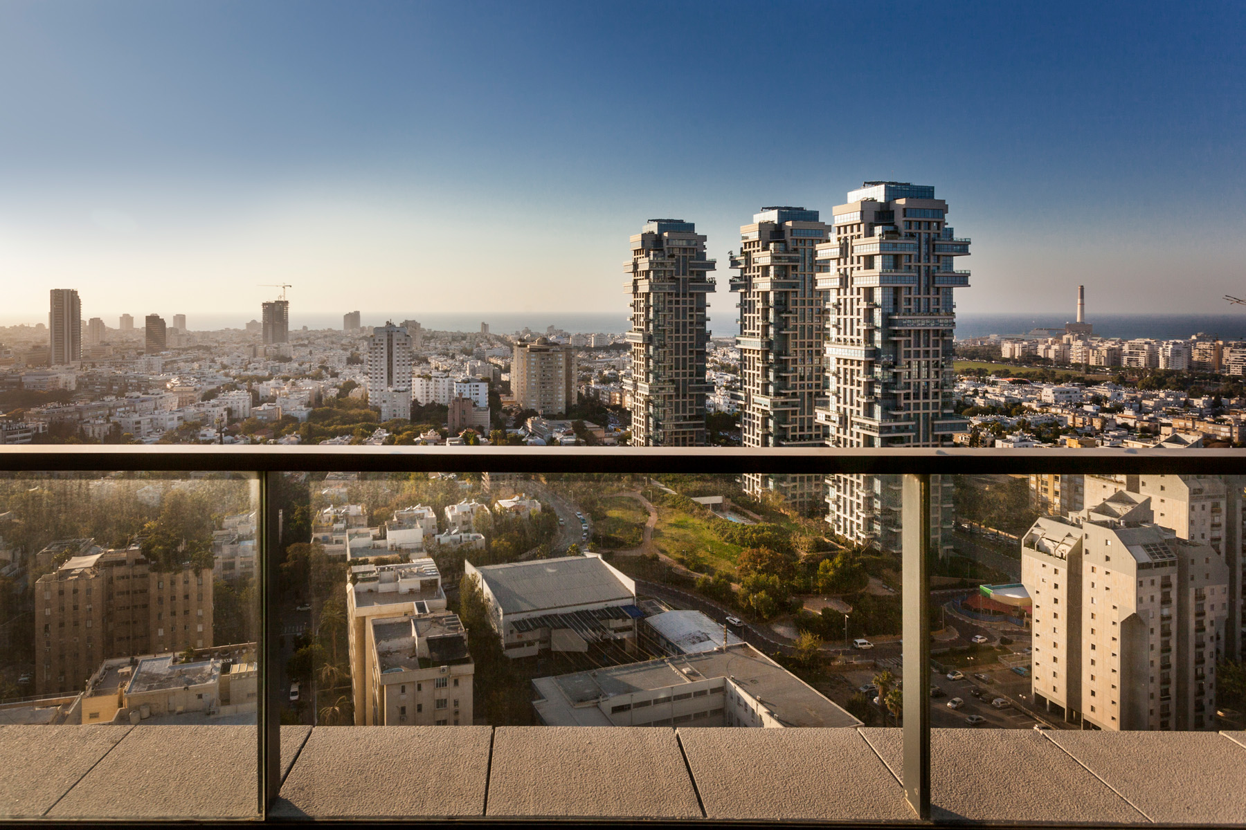 Additional photo for property listing at Enduring Luxury Mini Penthouse in W Boutique Tower Tel Aviv, Israel Israël