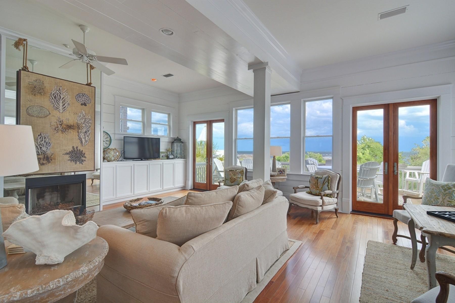 Einfamilienhaus für Verkauf beim 3 Coast Cottage Lane St. Simons Island, Georgia, 31522 Vereinigte Staaten