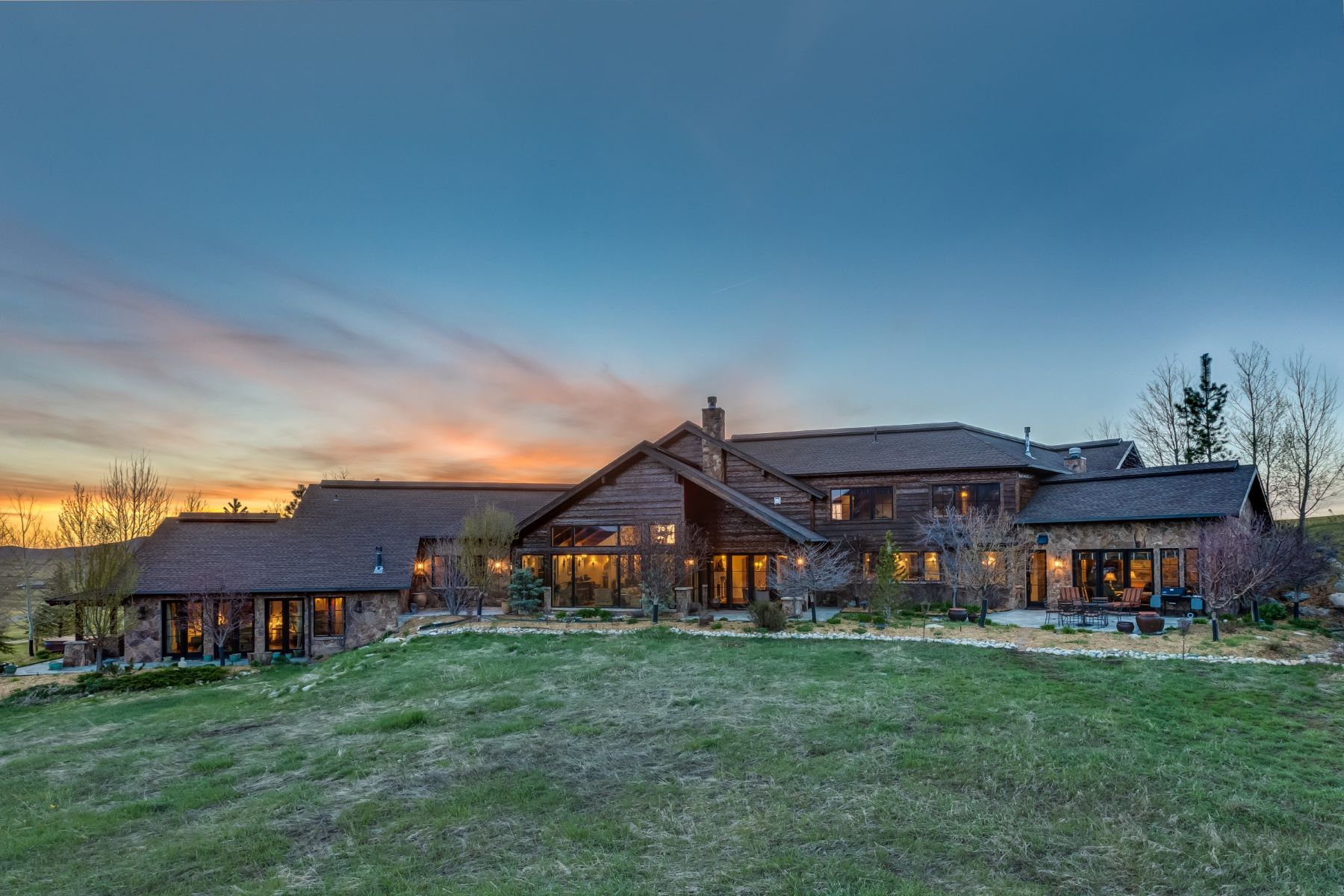 Casa para uma família para Venda às Lake Catamount Beautiful High-End Design Lake Catamount Home 32120 County Road 14C Steamboat Springs, Colorado, 80487 Estados Unidos