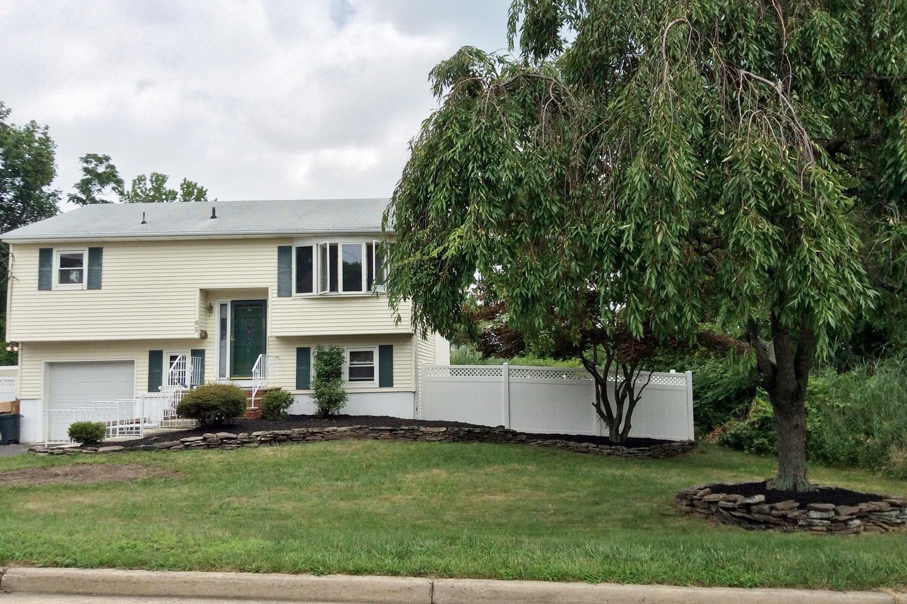 단독 가정 주택 용 매매 에 Adorable Leonardo Home 65 Florence Ave Middletown, 뉴저지, 07748 미국