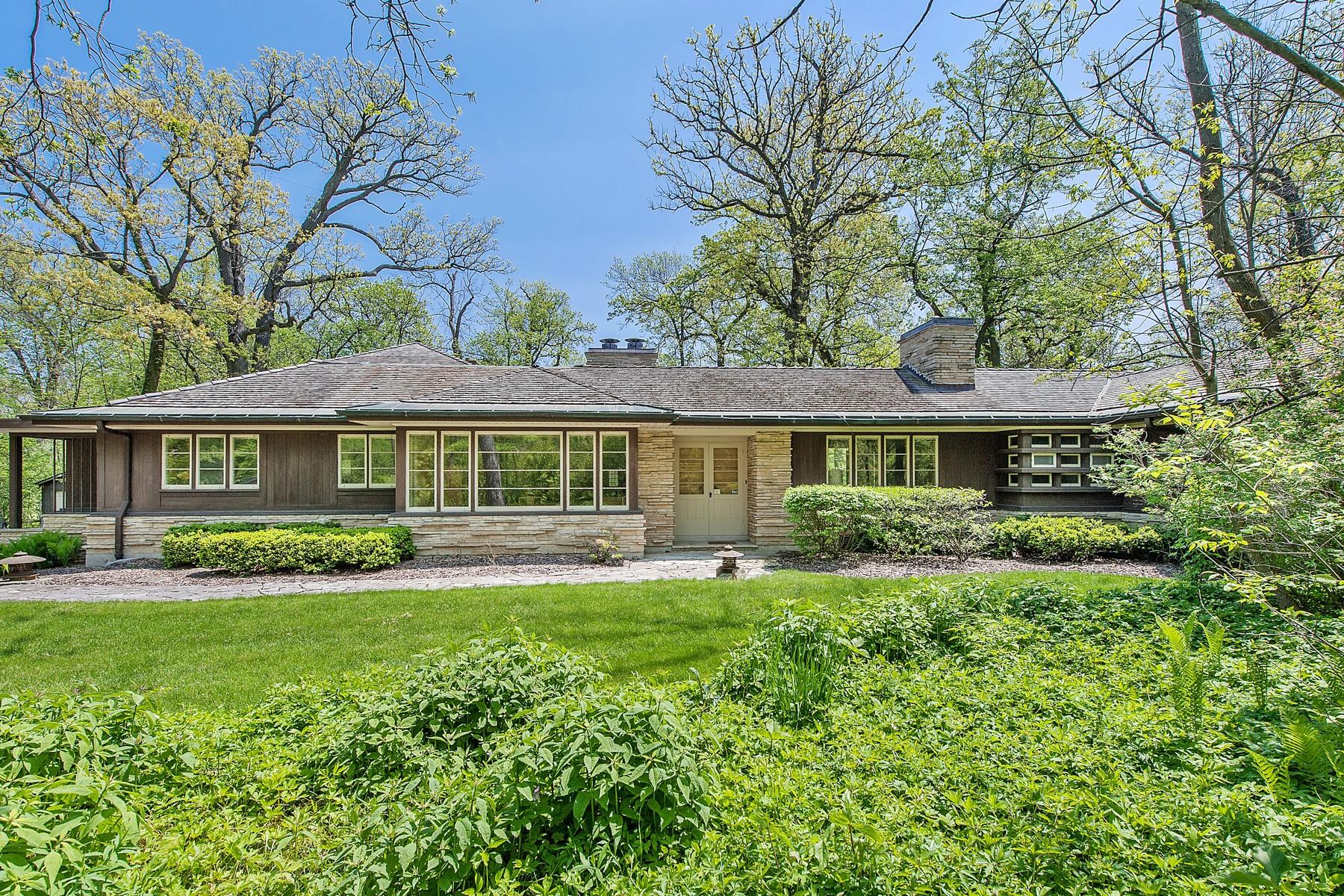 """Maison unifamiliale pour l Vente à Wonderful """"House in the Woods"""" 587 Briar Lane Winnetka, Illinois, 60093 États-Unis"""