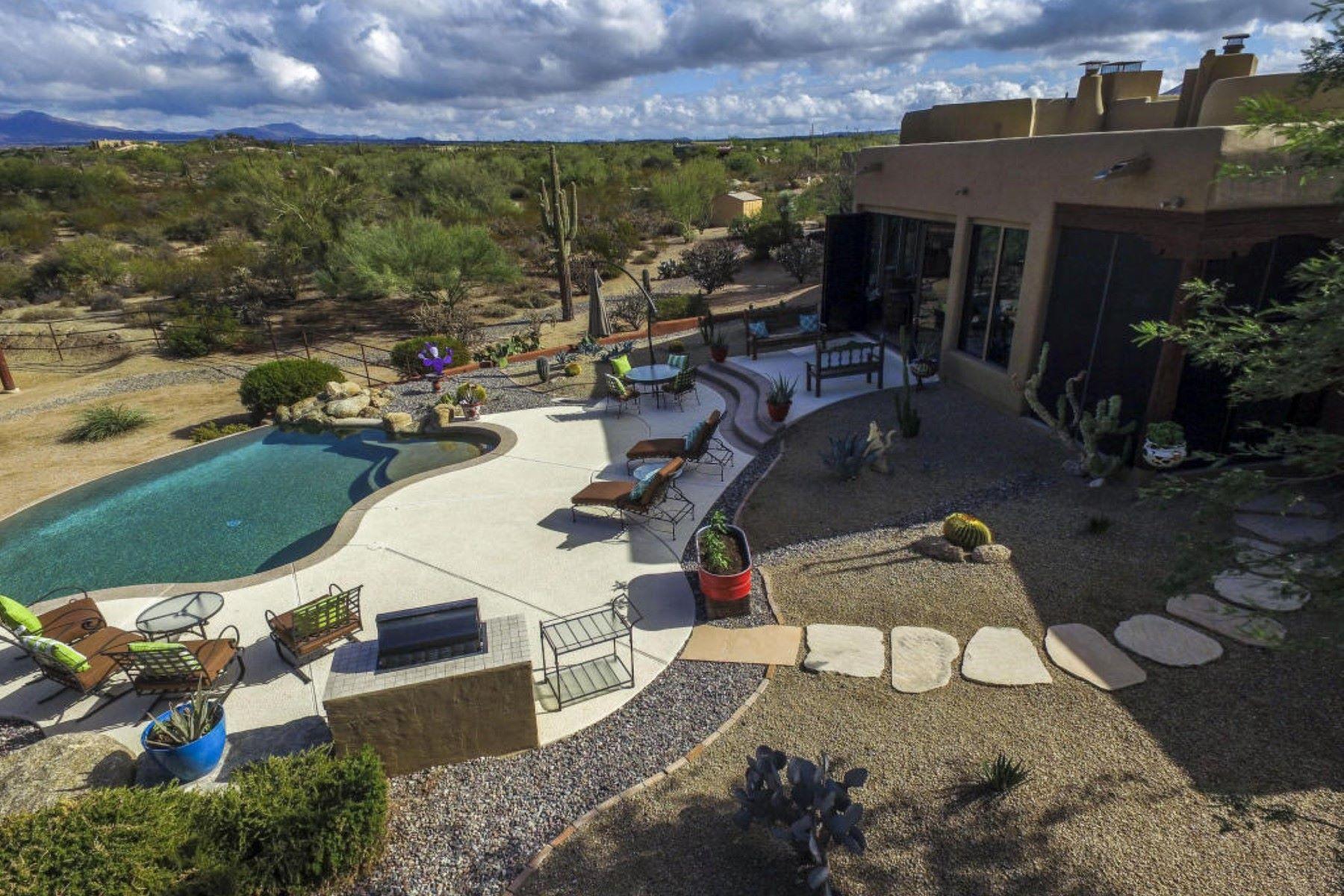 Vivienda unifamiliar por un Venta en Ranch with elevated, panoramic views 31602 N Granite Reef Rd Scottsdale, Arizona, 85266 Estados Unidos