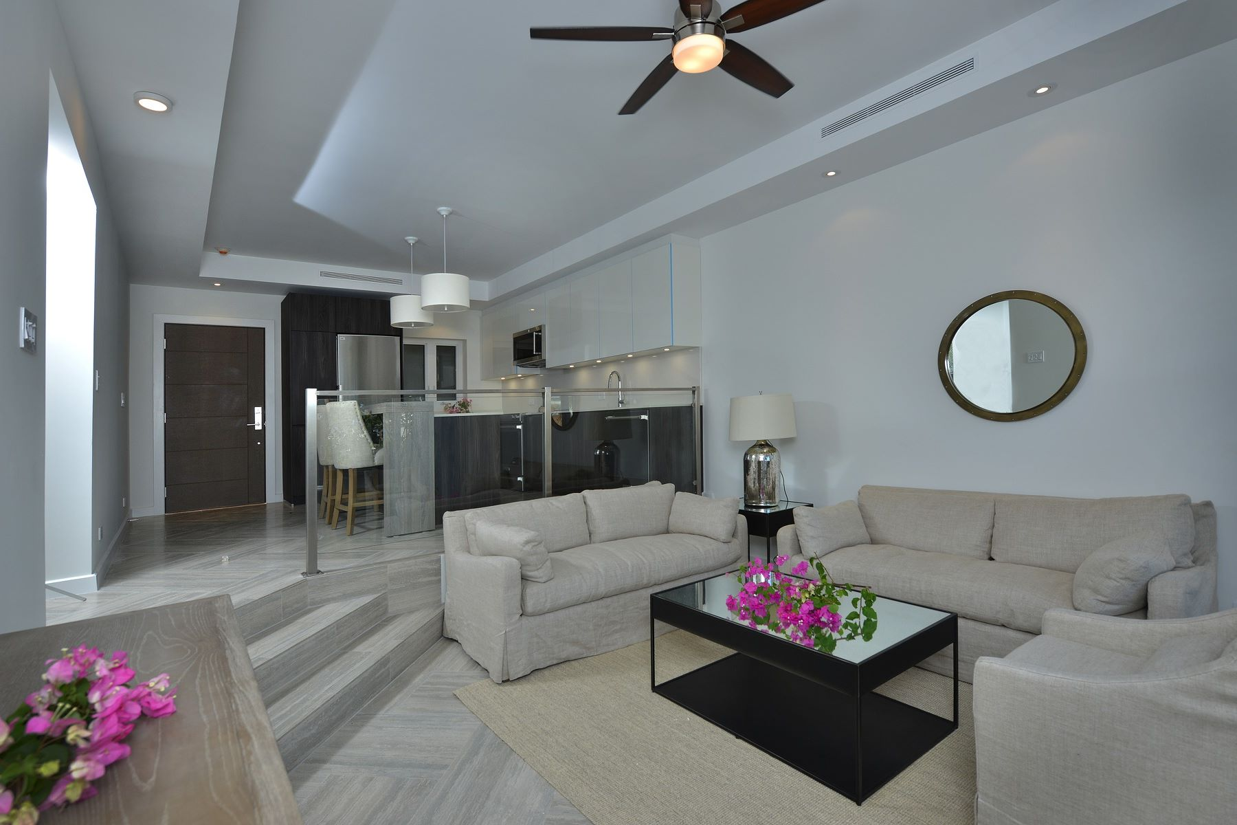 Additional photo for property listing at Ocean Terraces, Suite 101 West Bay Street, Nassau And Paradise Island Bahamas