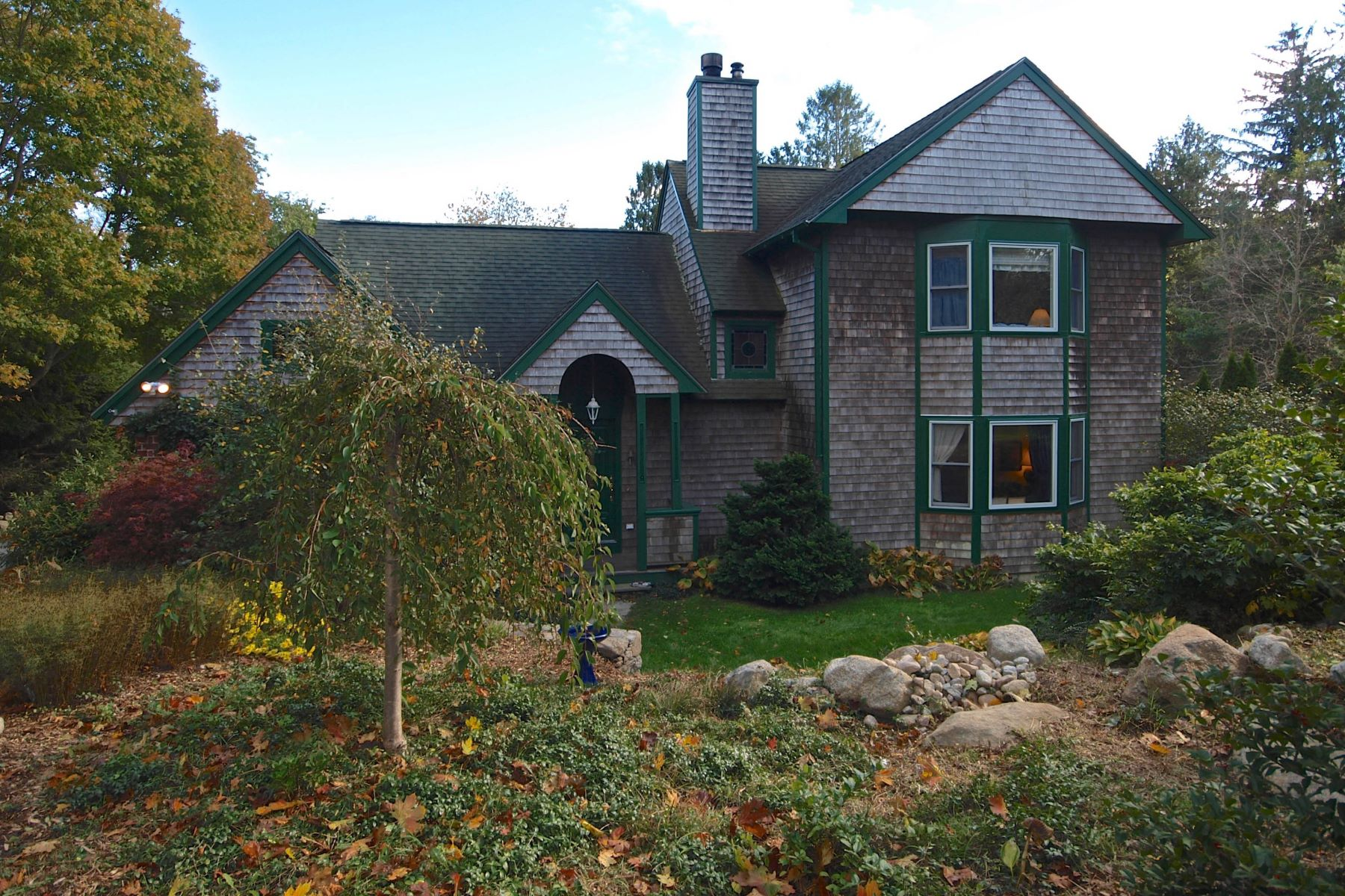 Single Family Home for Sale at Post Road 740 Post Road South Kingstown, Rhode Island 02879 United States