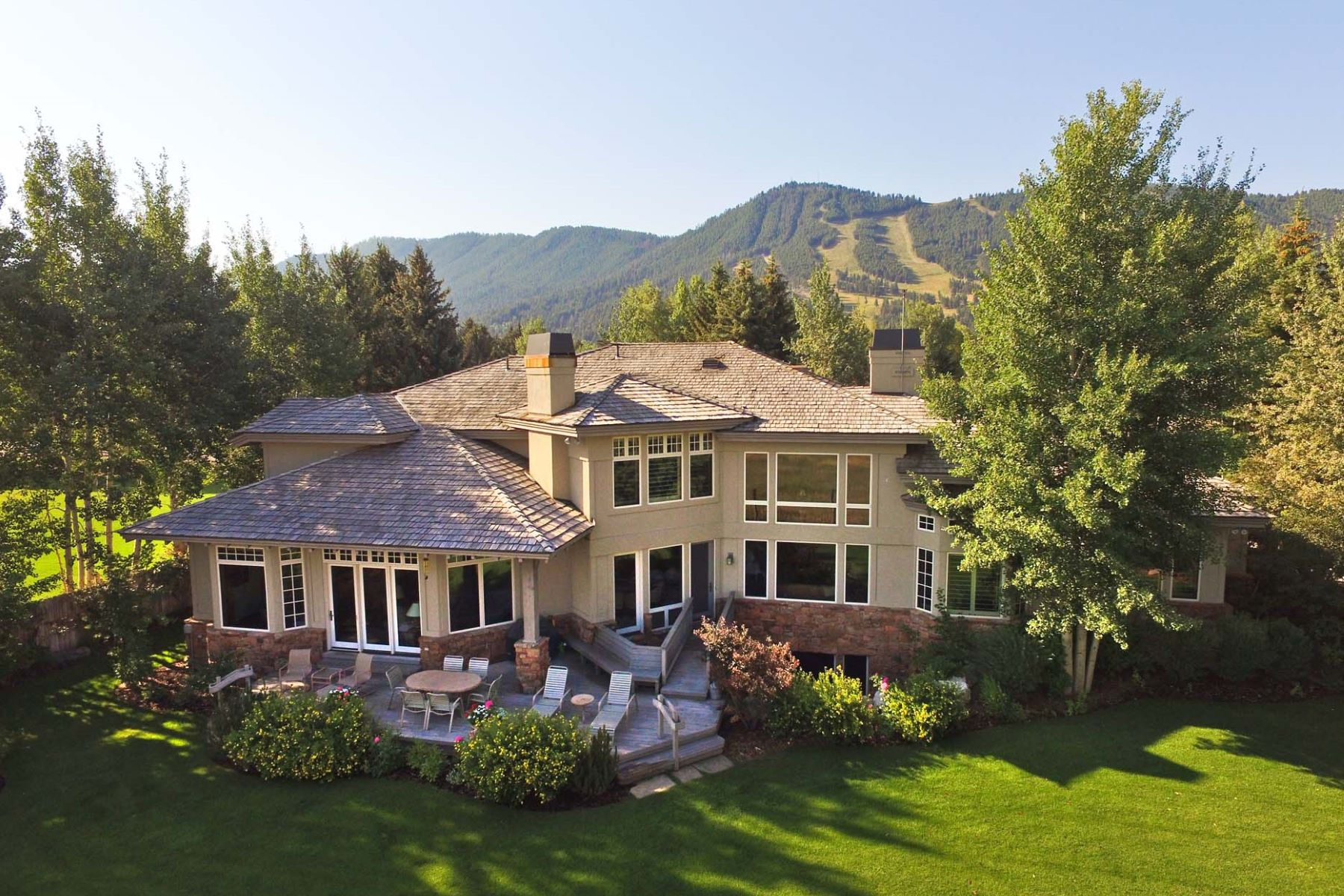 Villa per Vendita alle ore Gill Addition Gem 355 Teton Ave Jackson, Wyoming, 83001 Jackson Hole, Stati Uniti