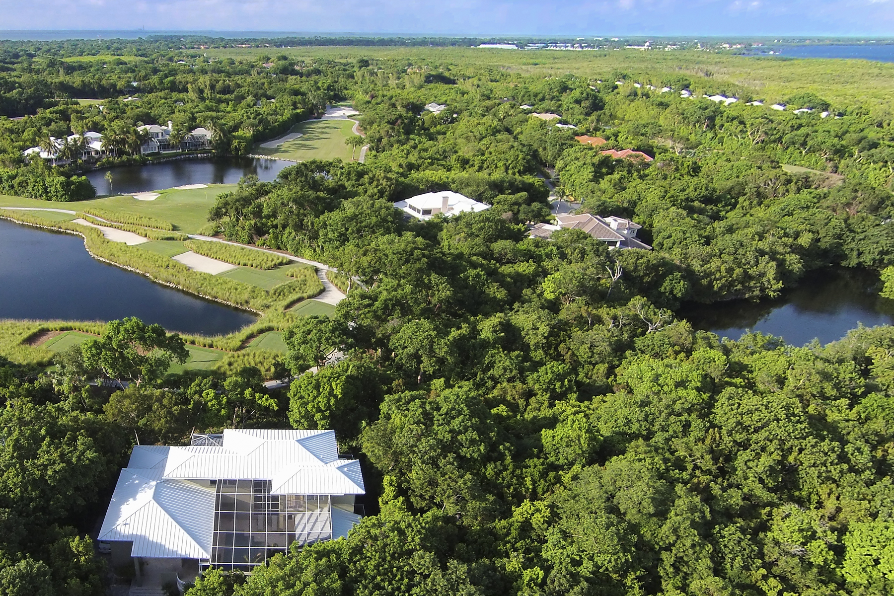 Additional photo for property listing at Panoramic Golf and Lake Views at Ocean Reef 437 South Harbor Drive Key Largo, Florida 33037 Amerika Birleşik Devletleri